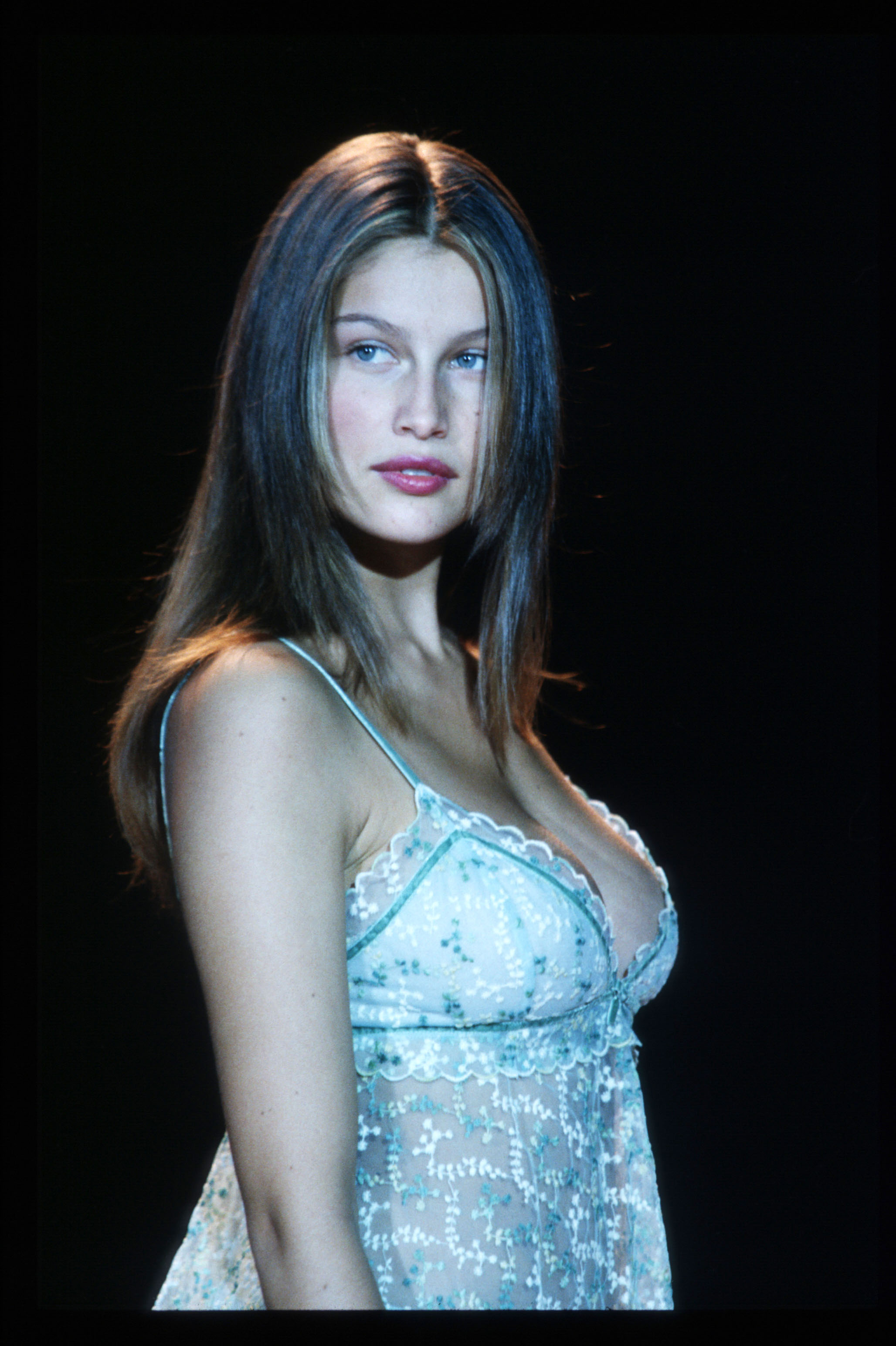 Feature  Hot Laetitia Casta – Rolling Stone f1dfcbf78285