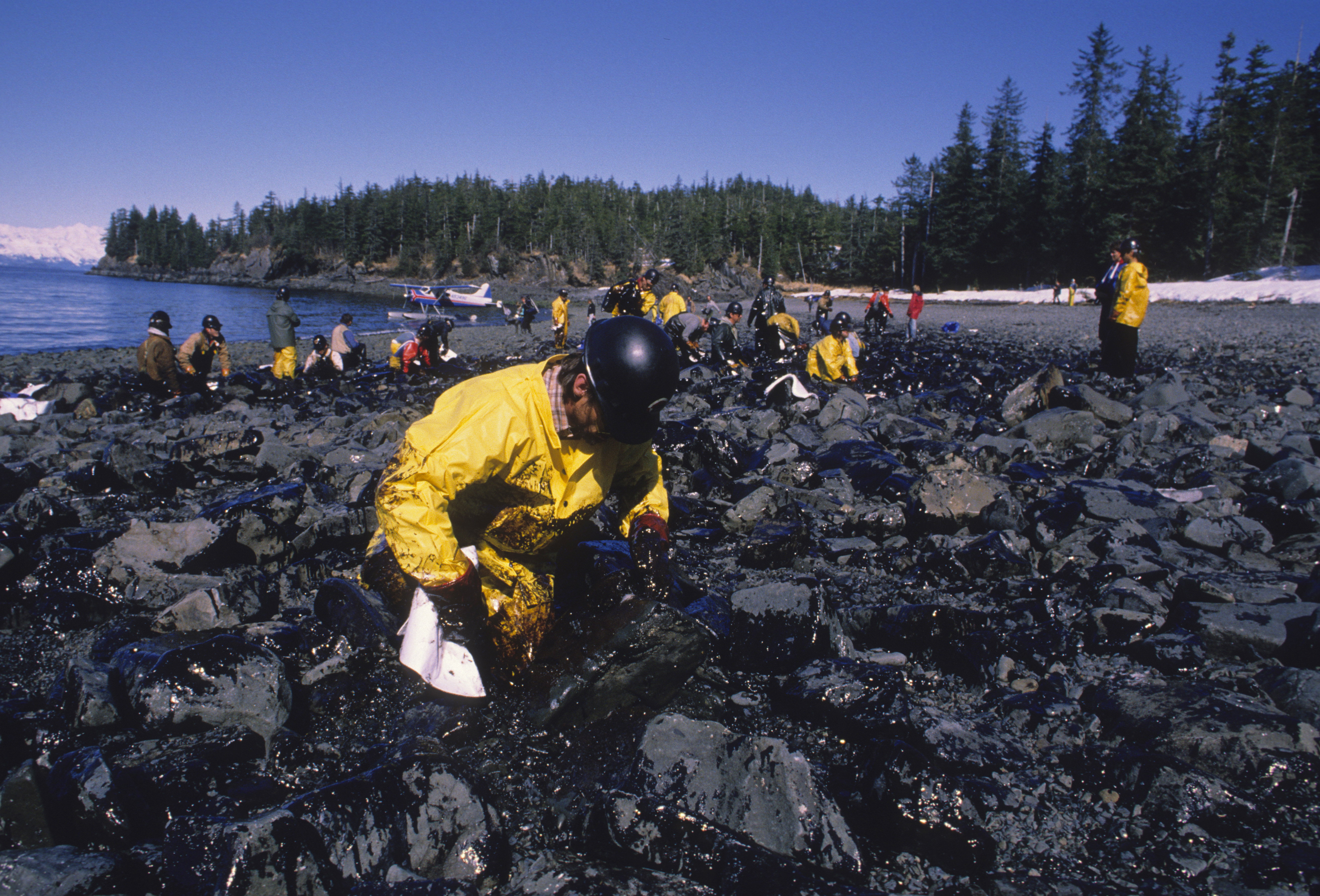 The Exxon Valdez Oil Spill Paradise Lost Rolling Stone