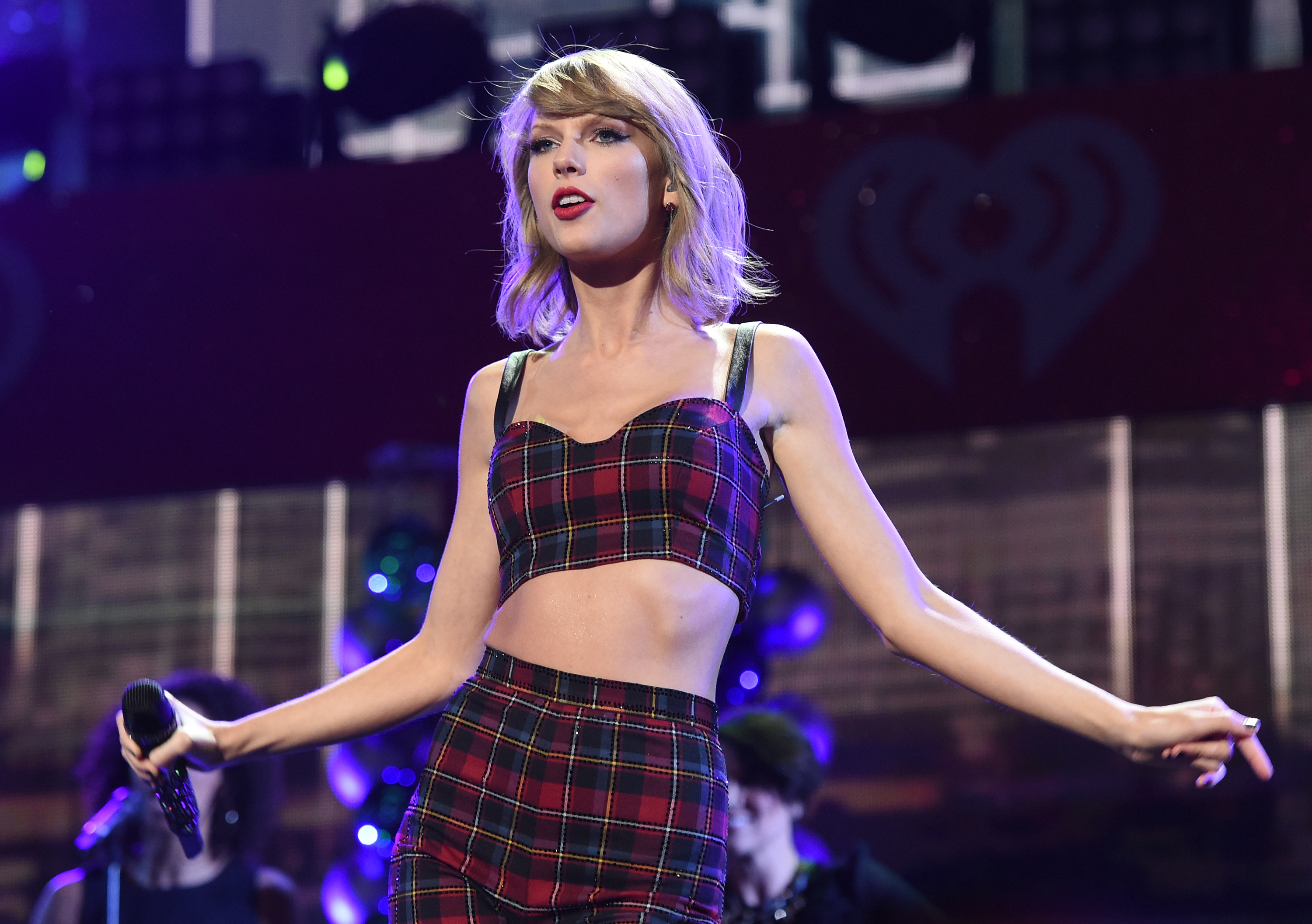 Taylor Swift Trademarks 'This Sick Beat' and Other '1989' Phrases