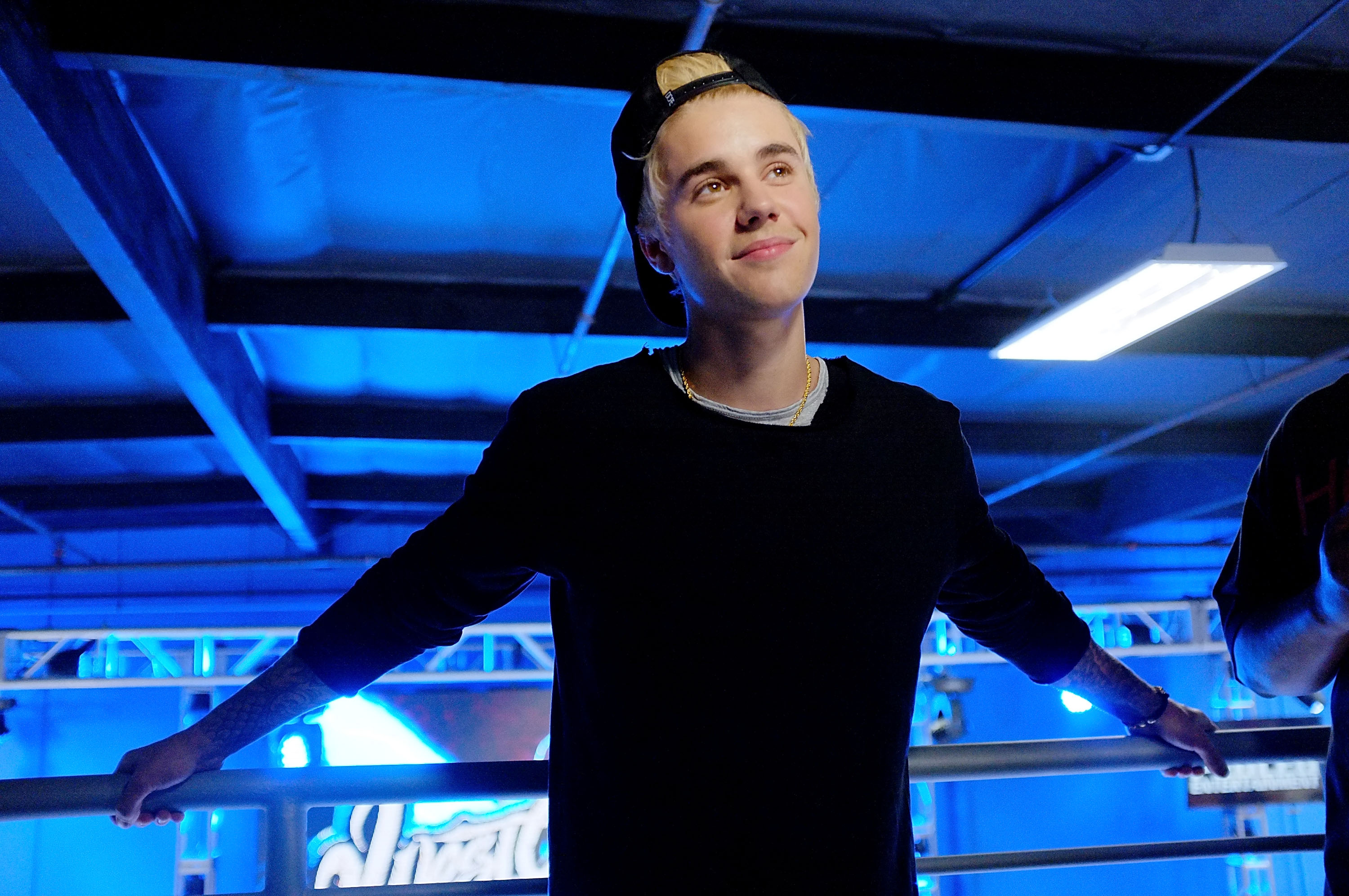 Justin Bieber Apologizes: 'I'm Not Who I Was Pretending to Be'