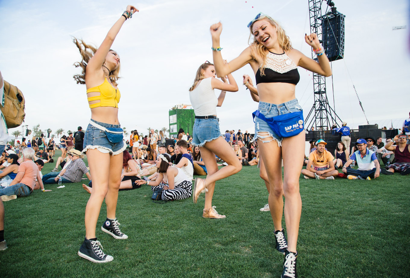 Fashion Weekend: See What Fans Wore to Coachella 2015 Pictures