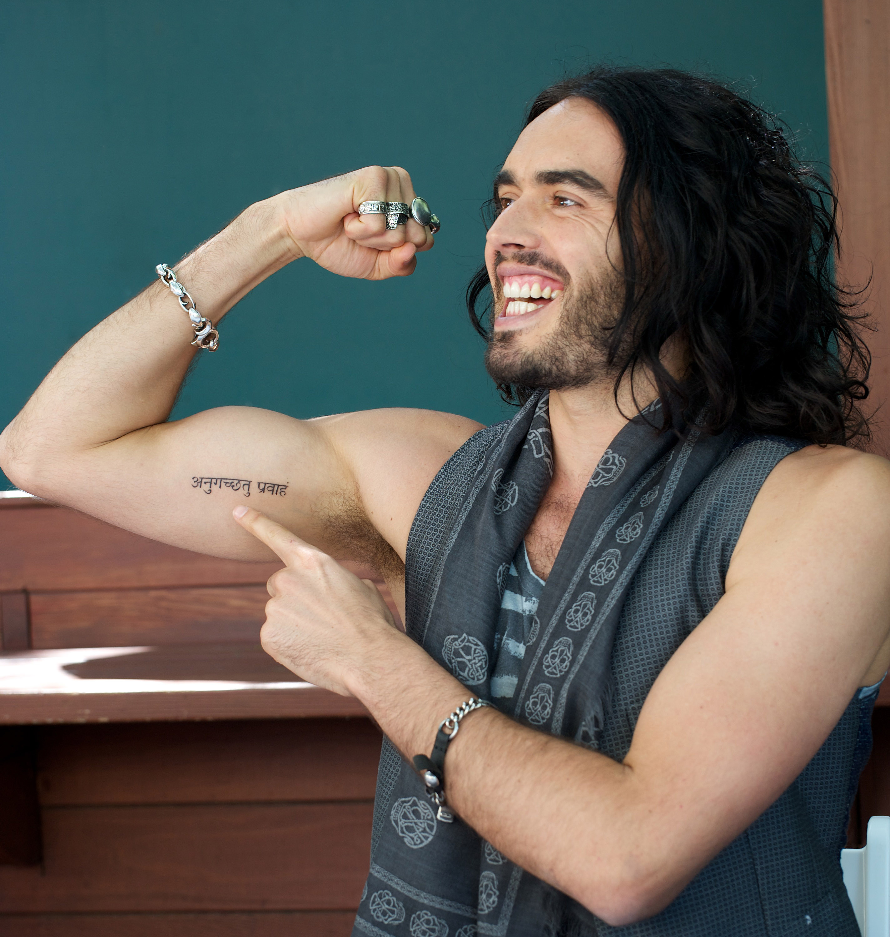 Who is russell brand dating 2020 presidential candidates