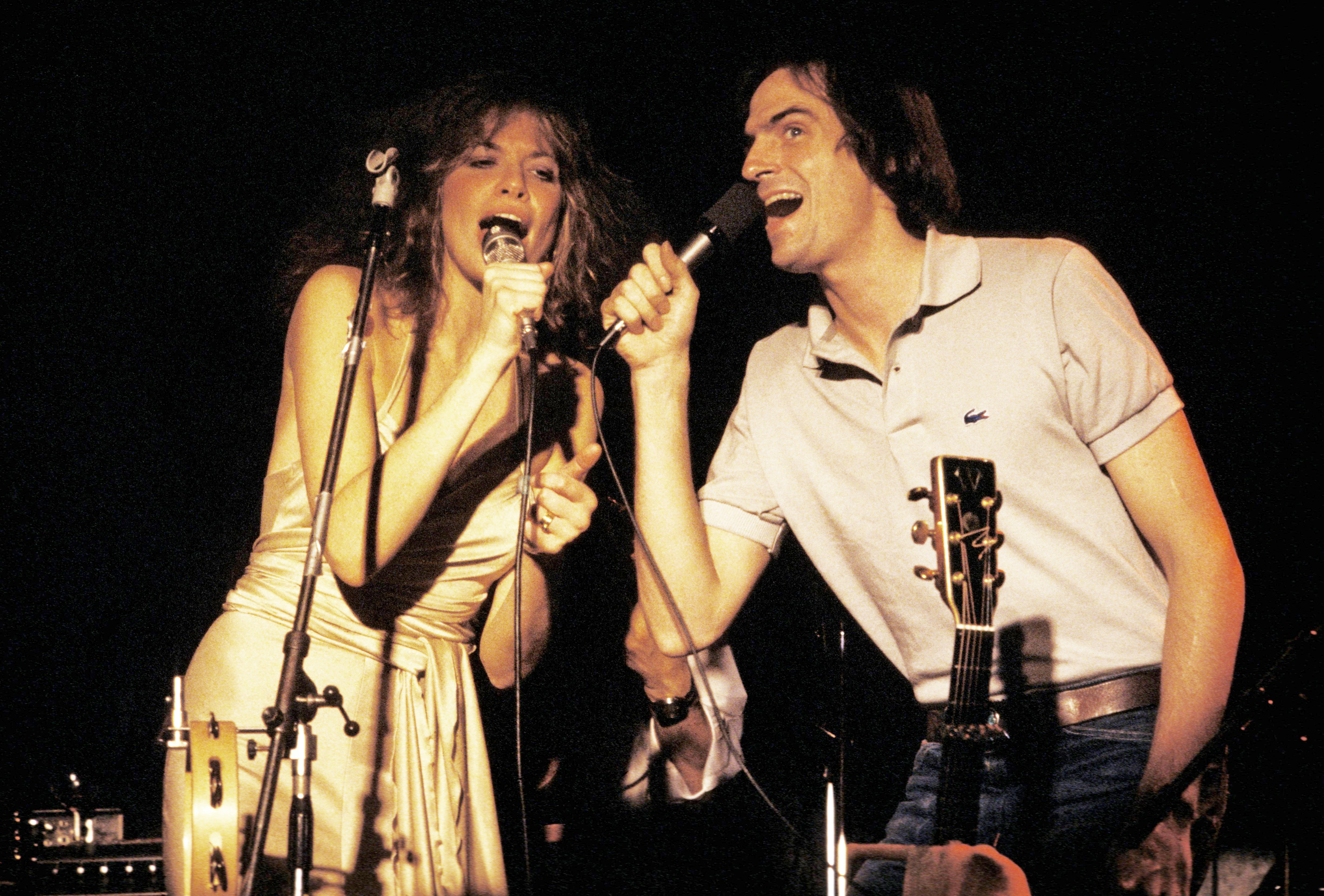 Carly Simon Memoir To Be Published In November
