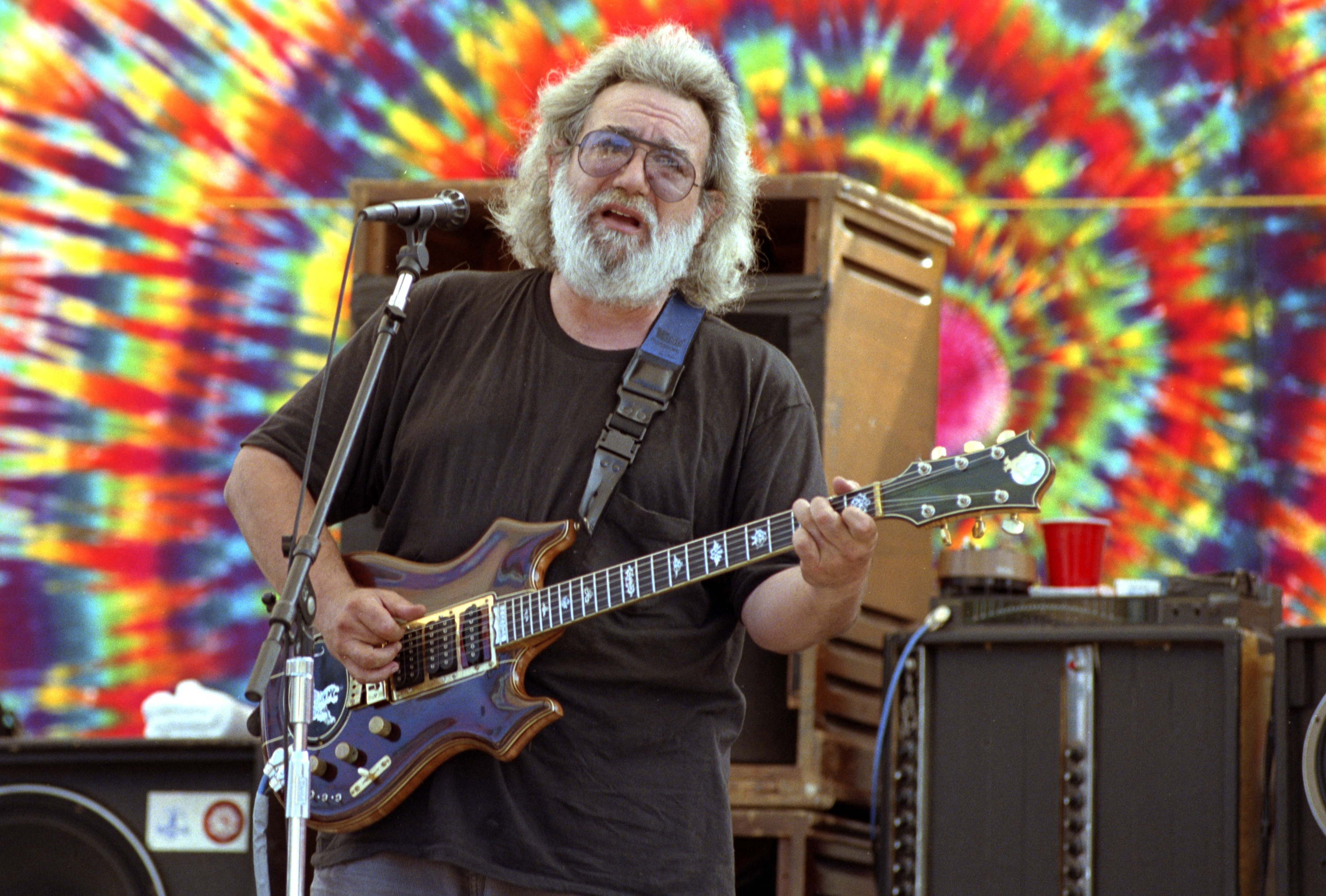 jerry garcia the rolling stone interview rolling stone. Black Bedroom Furniture Sets. Home Design Ideas