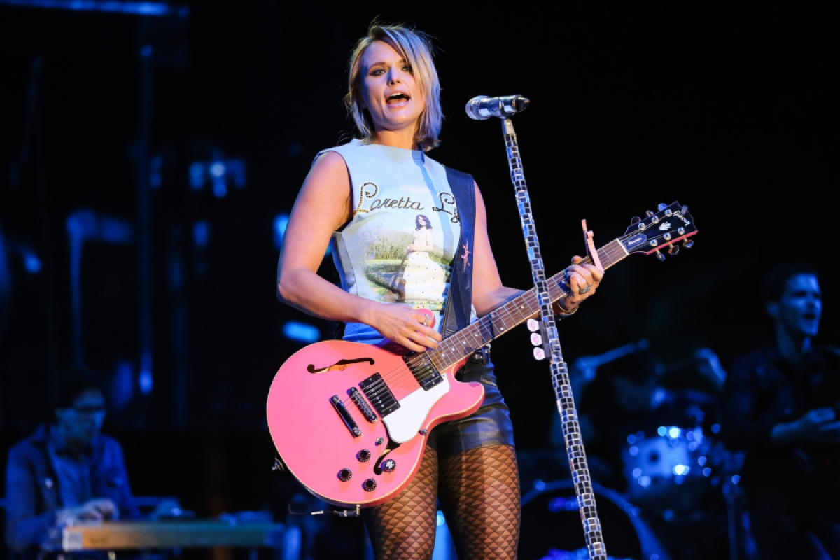 CMA Awards, CMA, Dolly, Reba, Carrie