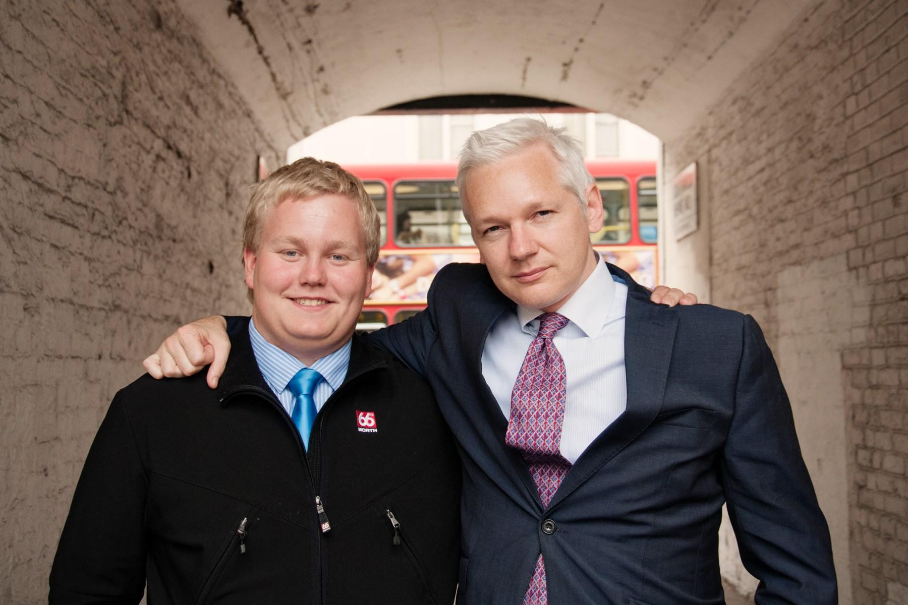 Siggi Thordarson with Julian Assange in London 2011.