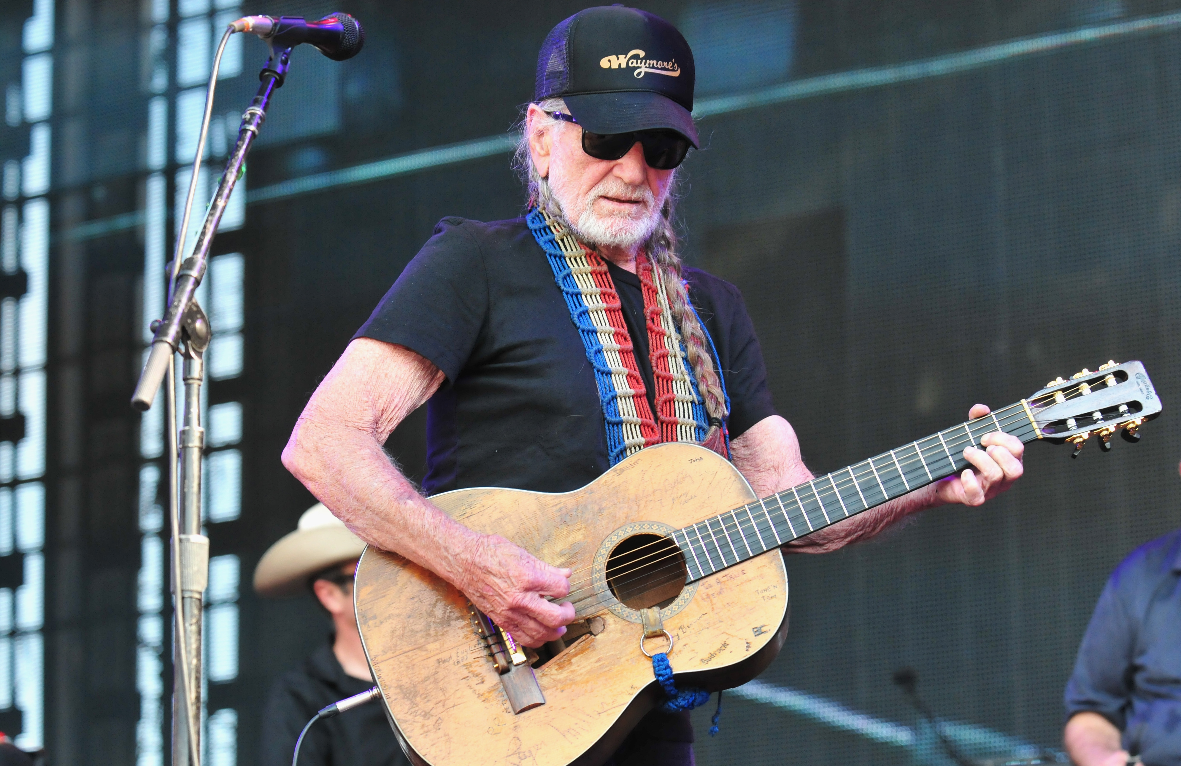 Willie Nelson Roadie Marks 64 Years on the Road With New Film