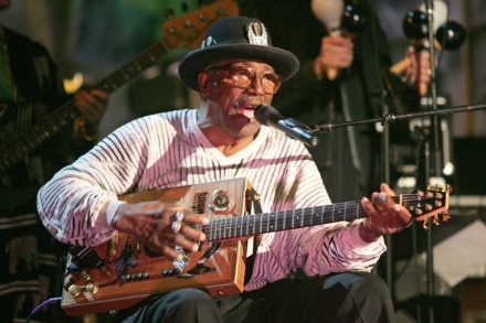 The Indestructible Beat of Bo Diddley – Rolling Stone
