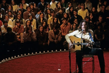 James Taylor: The First Family of the New Rock – Rolling Stone