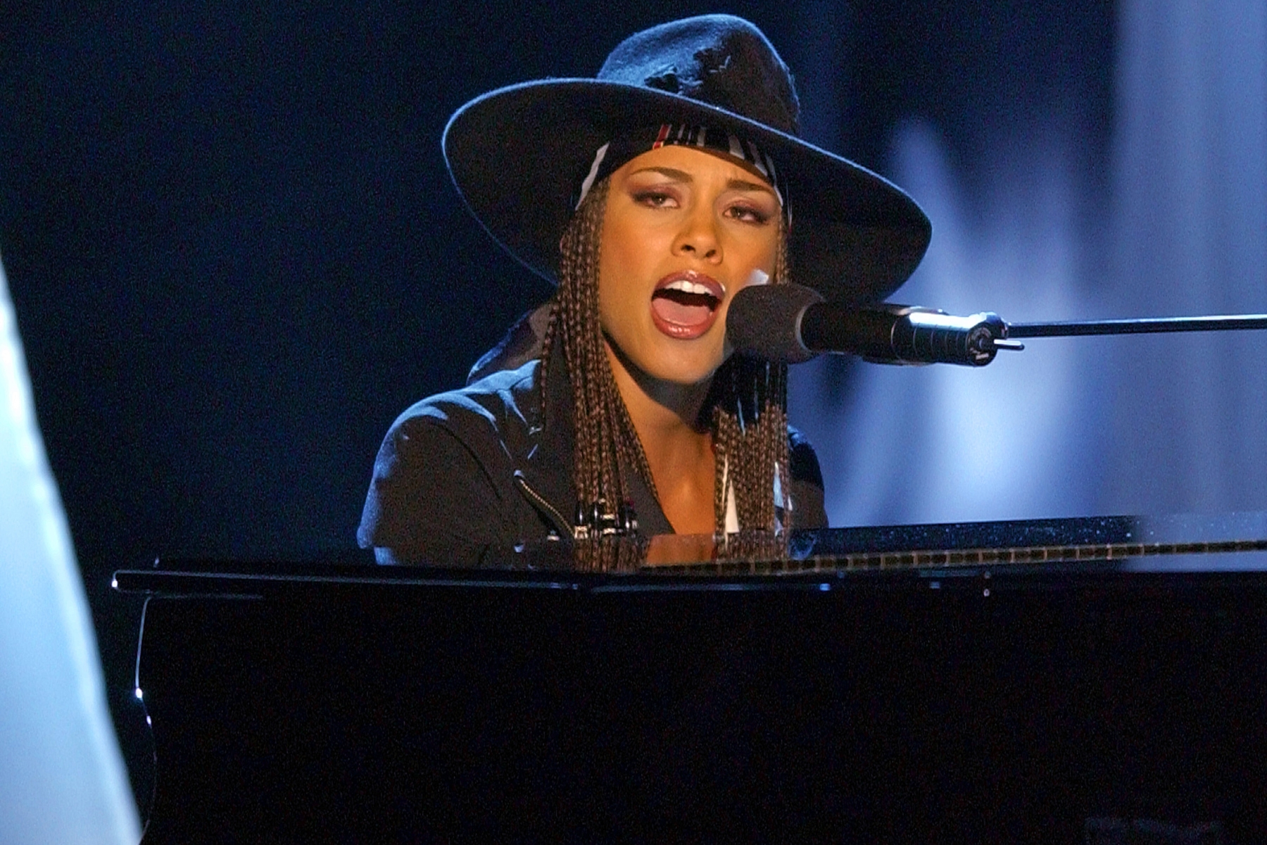 Alicia Keys The Next Queen Of Soul Rolling Stone Dile a tu mamá que. https www rollingstone com music music news alicia keys the next queen of soul 83113