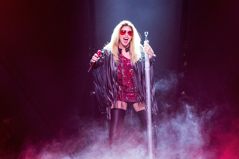 Shania Twain Kicks Off Fiery Final Tour in Seattle