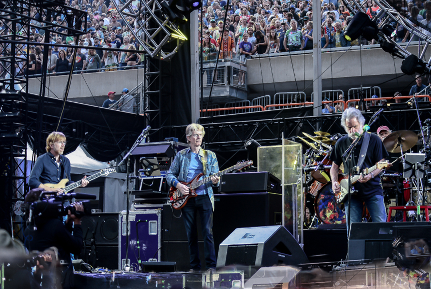 Grateful Dead Show Review : grateful dead end 50 year career with moving magnificent final show rolling stone ~ Russianpoet.info Haus und Dekorationen
