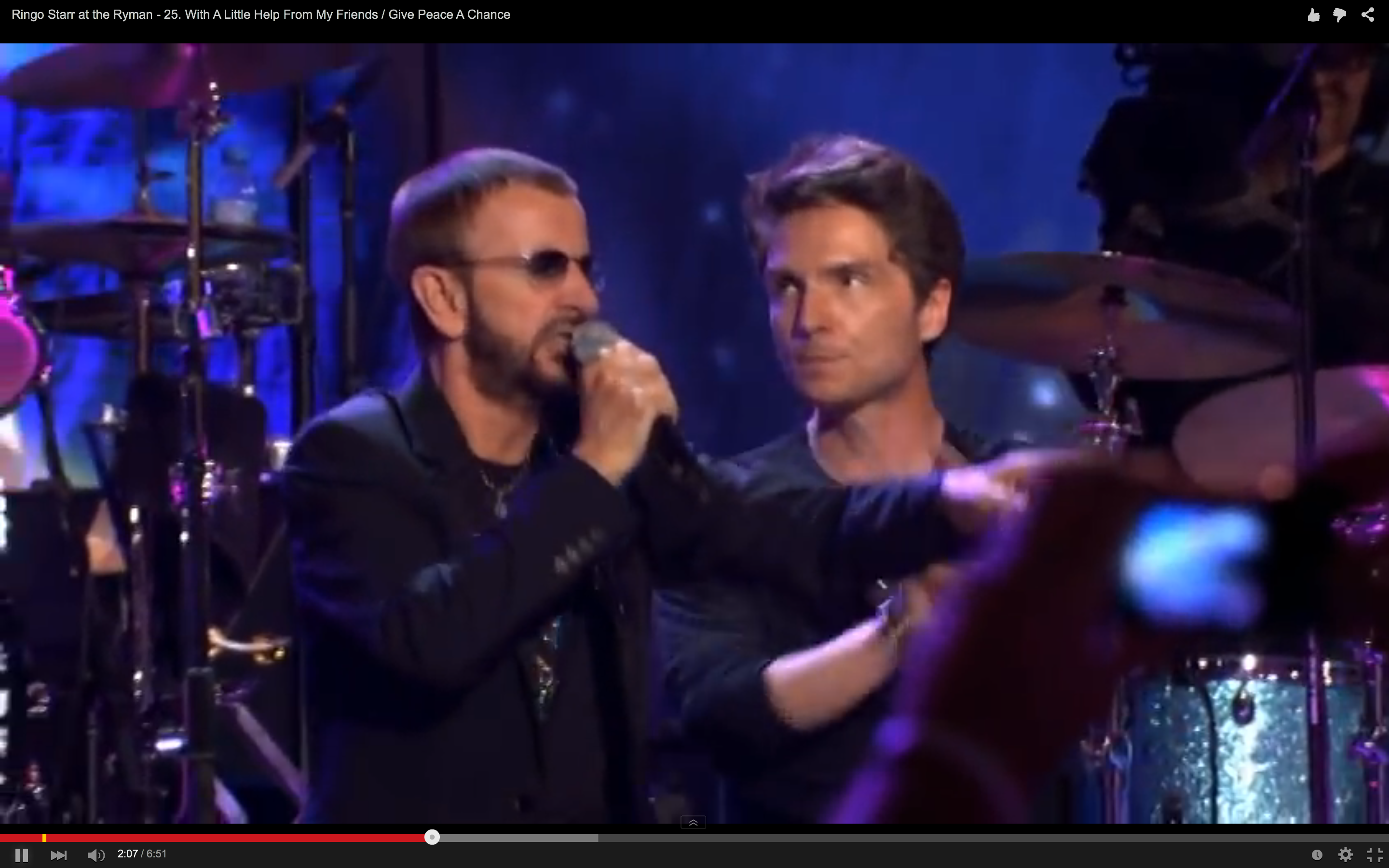 With Little Help From Its Friends Peace >> Flashback See Ringo Starr Lead All Star Nashville Jam Rolling Stone