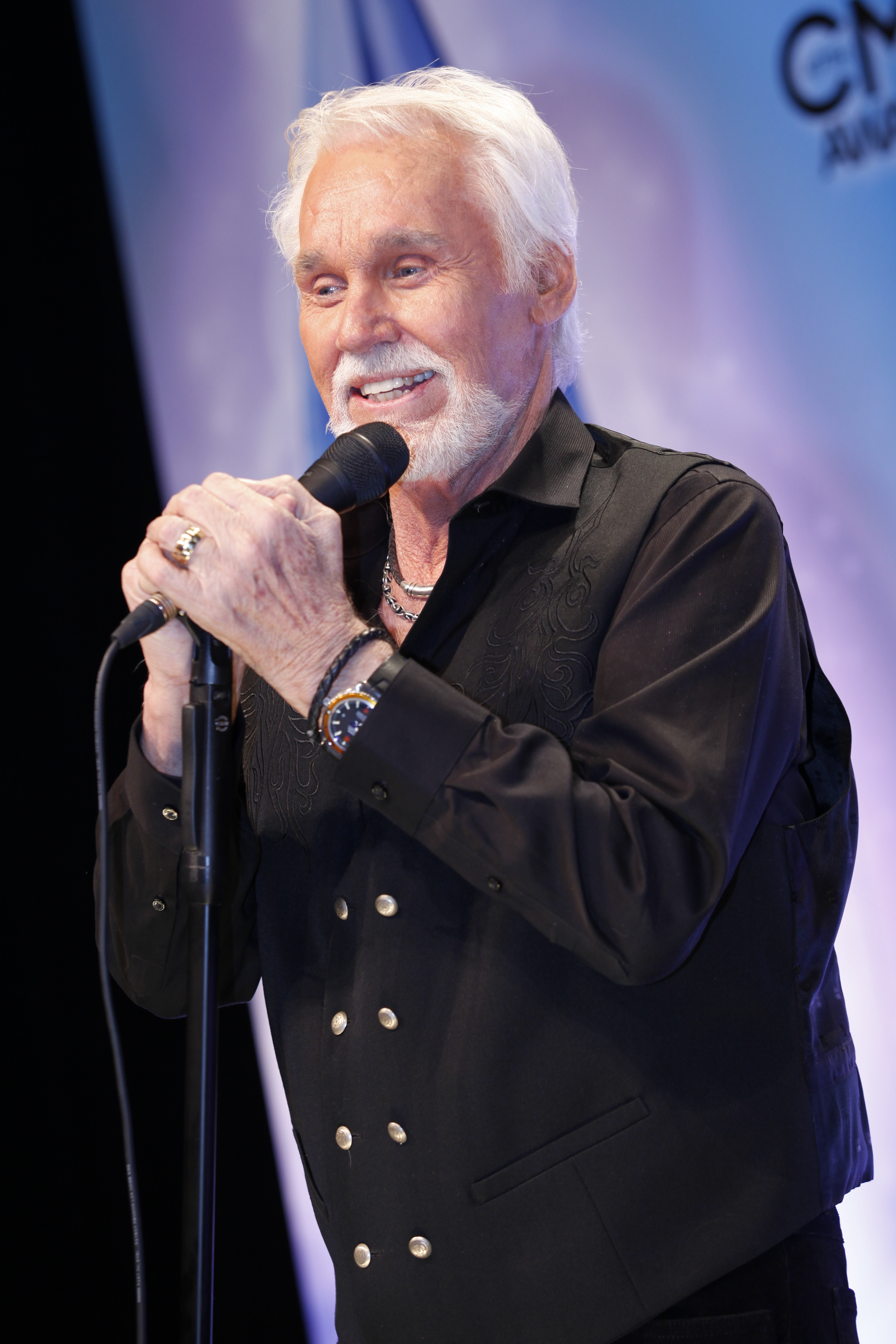 Kenny Rogers Readies Milestone Christmas Album – Rolling Stone