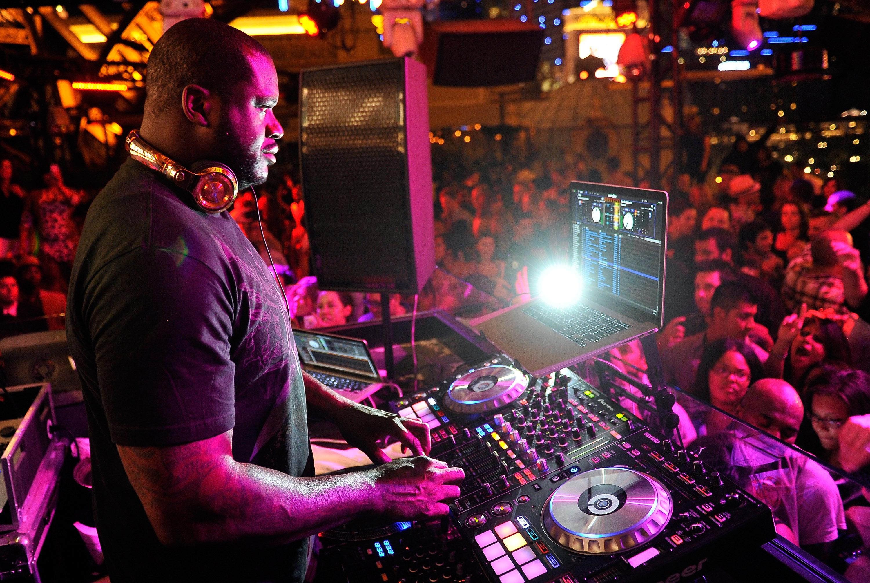 Hear Shaquille O'Neal's TomorrowWorld DJ Mix