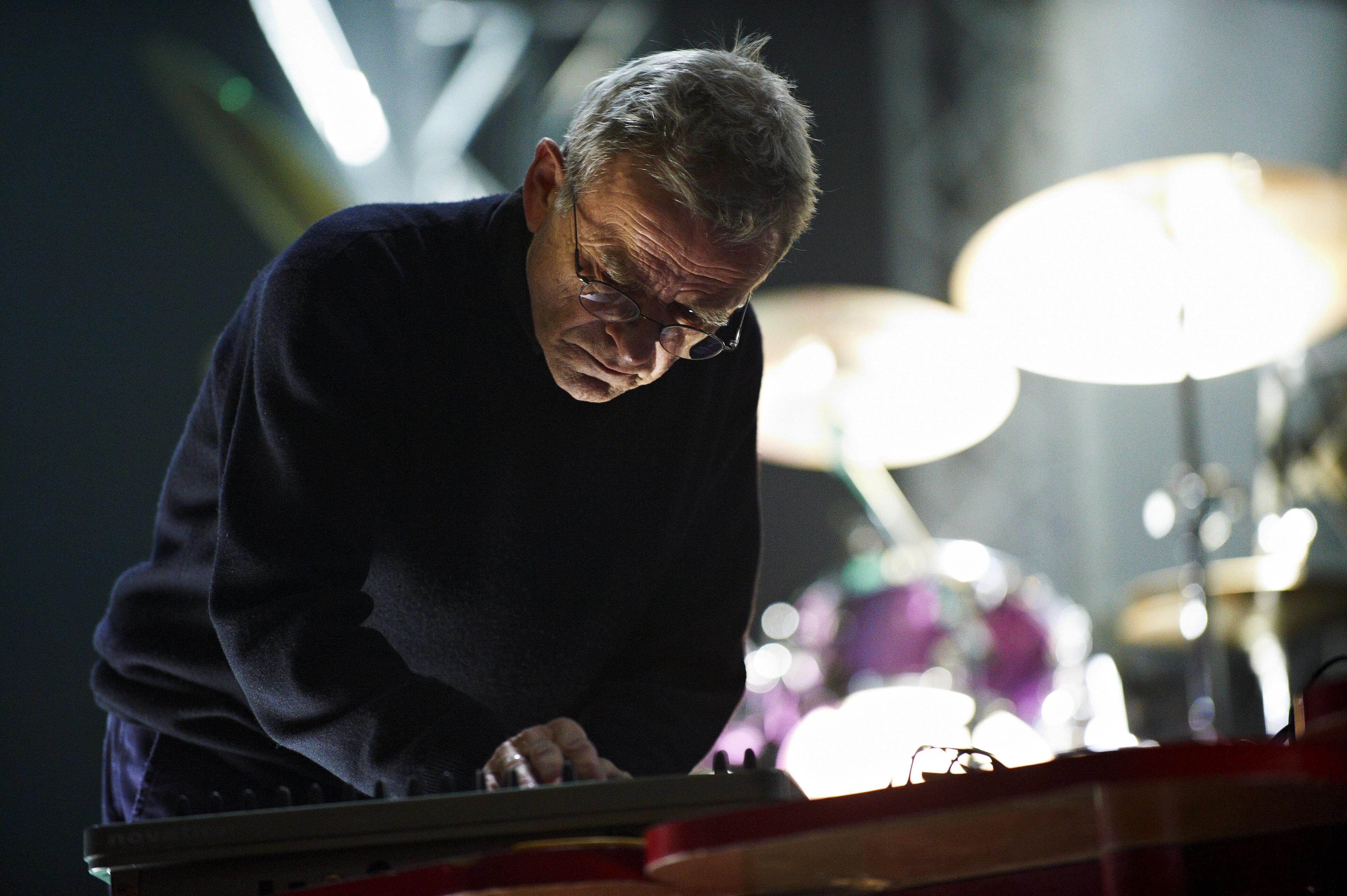 Dieter Moebius, Electronic Music Pioneer, Dead at 71
