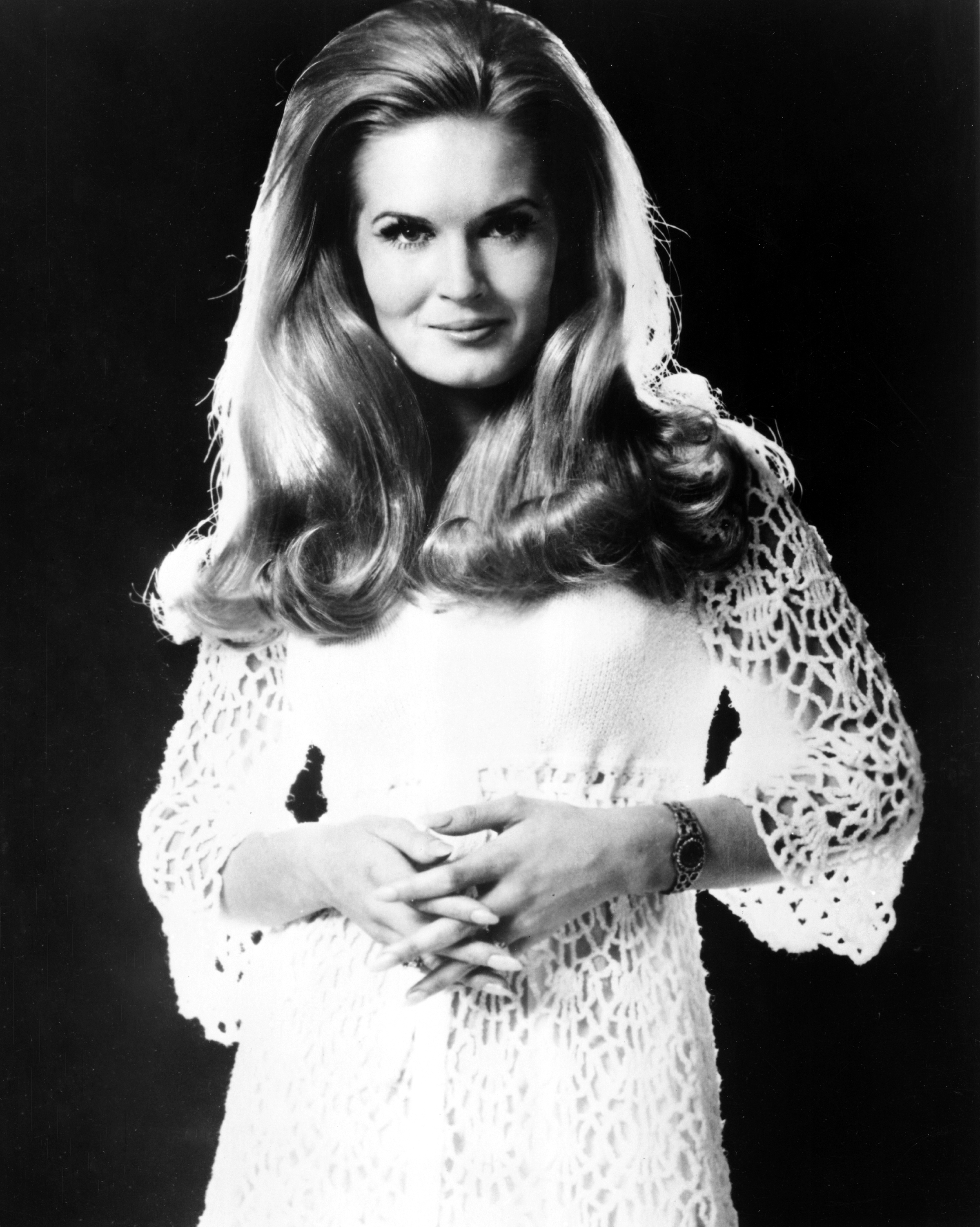 Country Legend Lynn Anderson Dead at 67