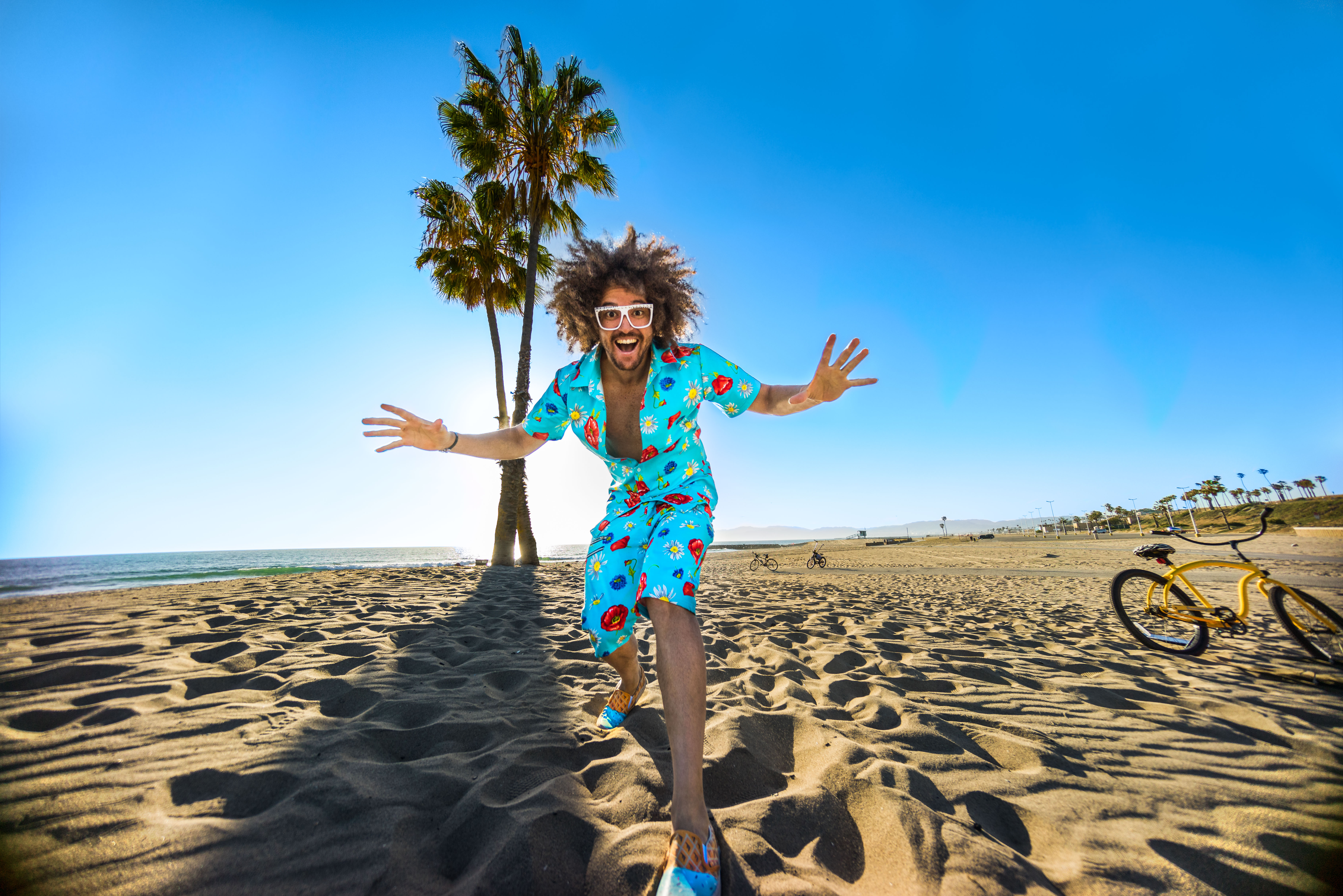 """Watch LMFAO\'s Redfoo Quest for """"Treasure Chest"""" in New Video ..."""