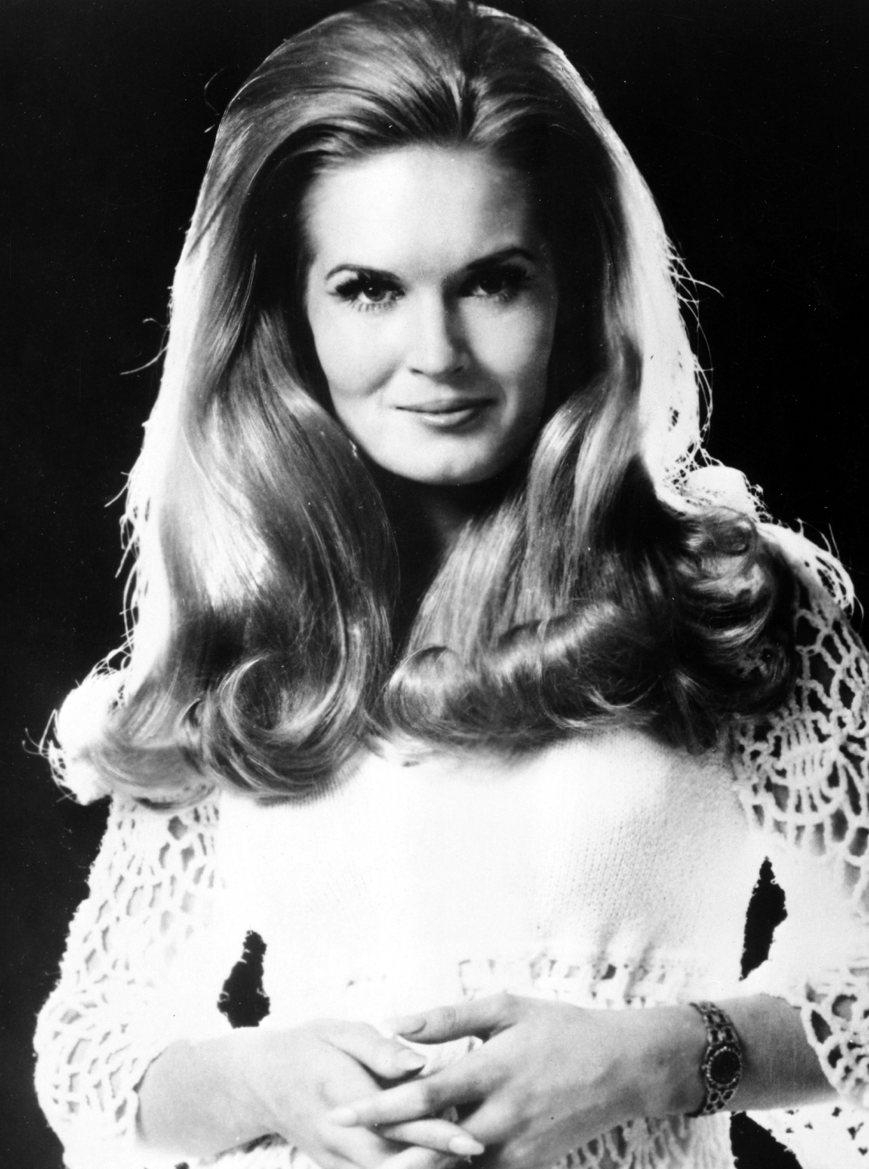 Lynn Anderson naked (18 foto and video), Topless, Cleavage, Twitter, butt 2006
