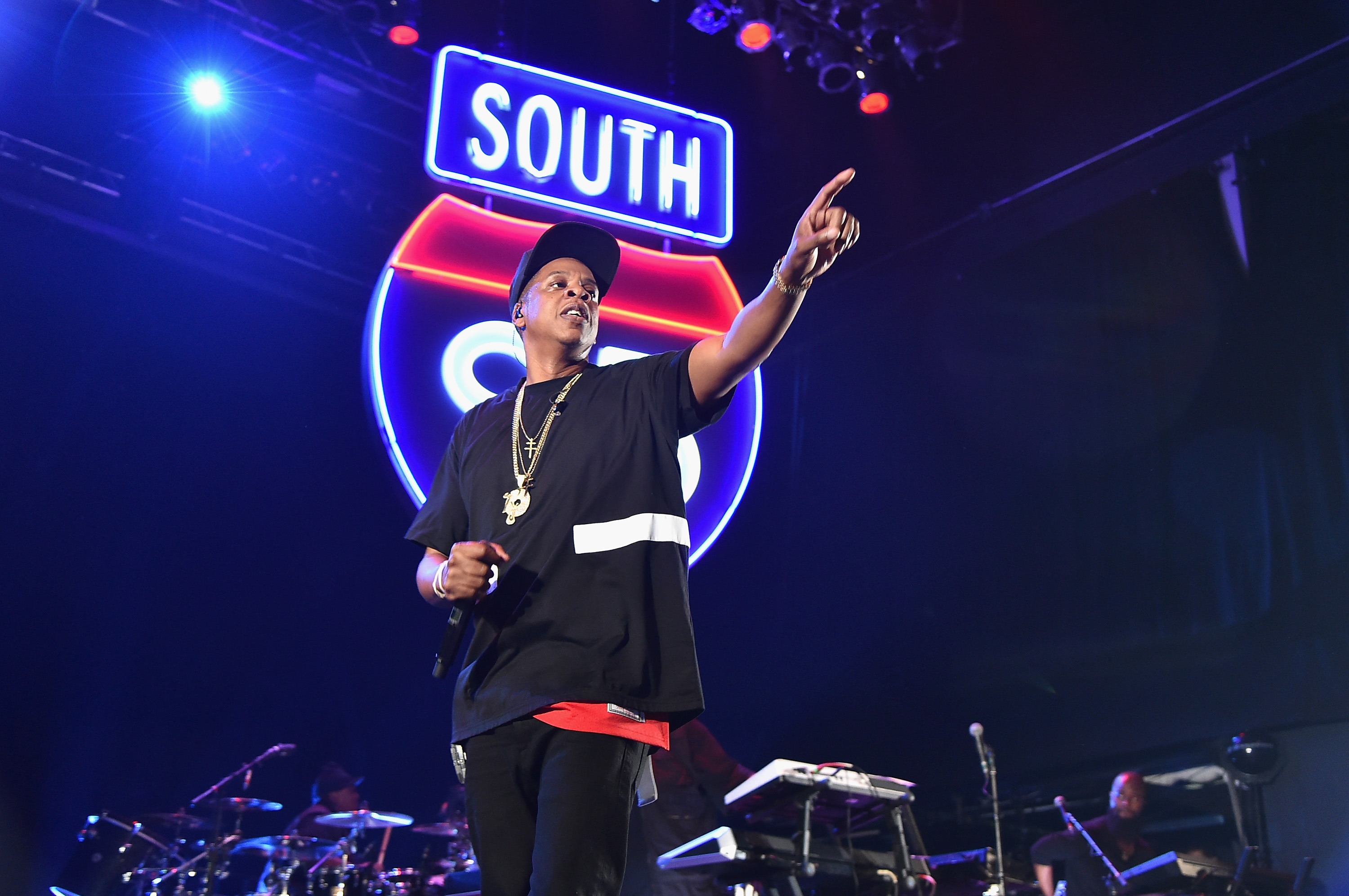Jay Z Joins, Quits Instagram After Michael Jackson Tribute