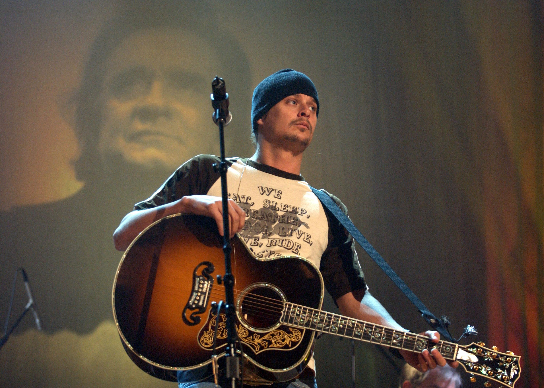 Kid Rock to Host Weeklong Johnny Cash Tribute on CMT