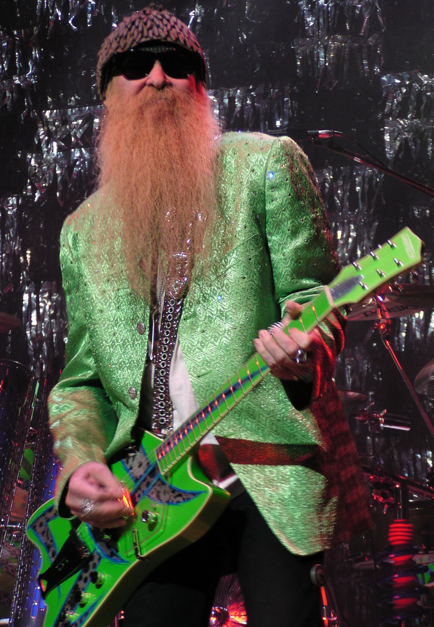 Billy Gibbons, Tim Montana Sing About BBQ, Launch Hot