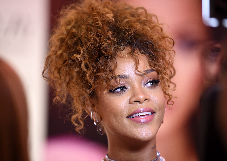Rihanna Talks Unfinished Album, Taylor Swift, Working With Kanye