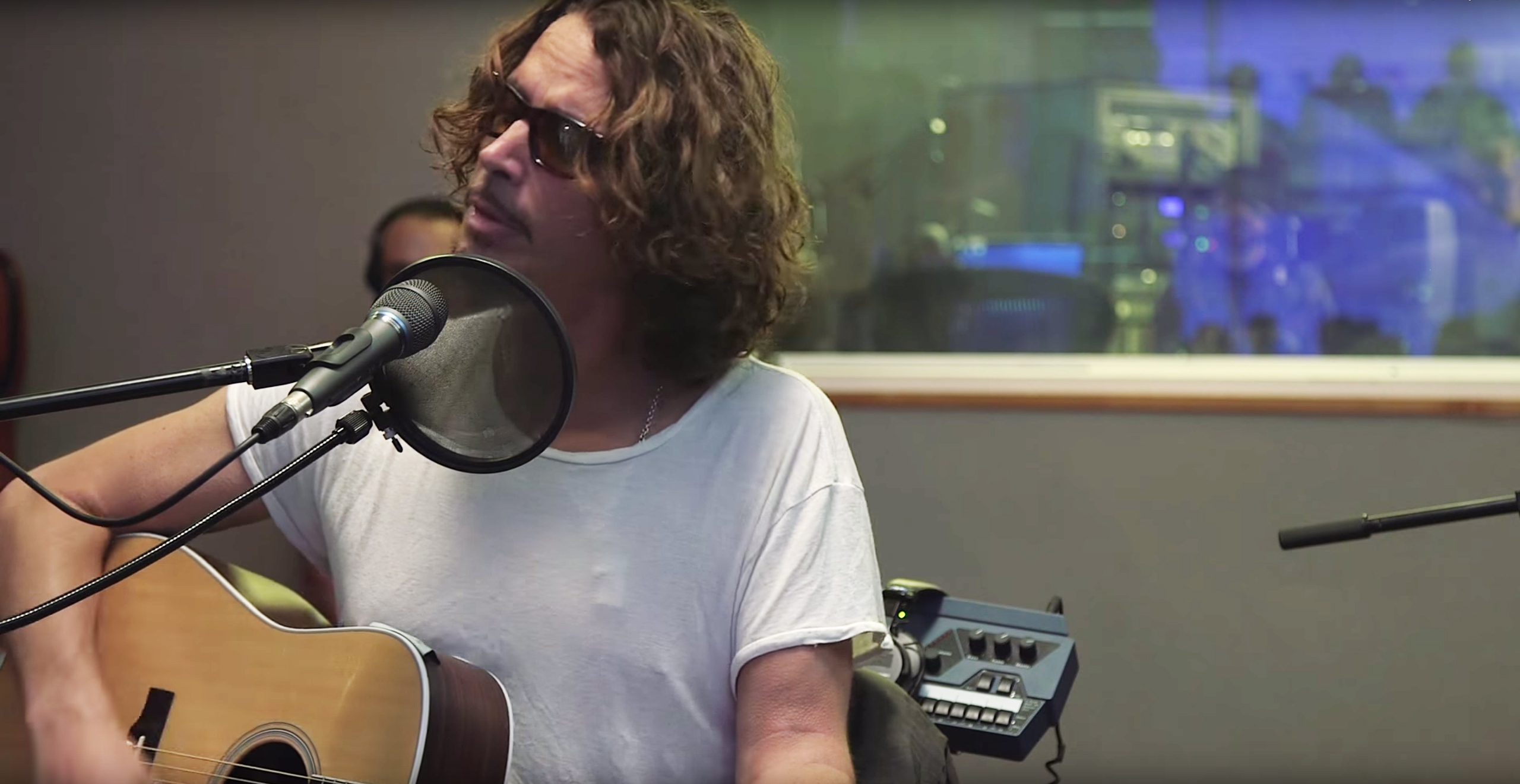 Chris Cornell Nothing compares to you - YouTube