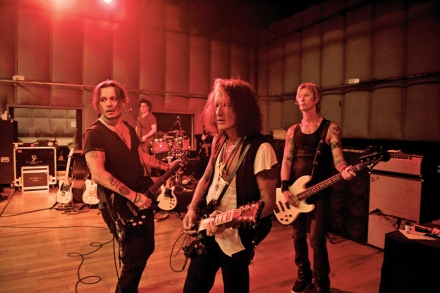 Johnny Depp, Alice Cooper on Hollywood Vampires Supergroup
