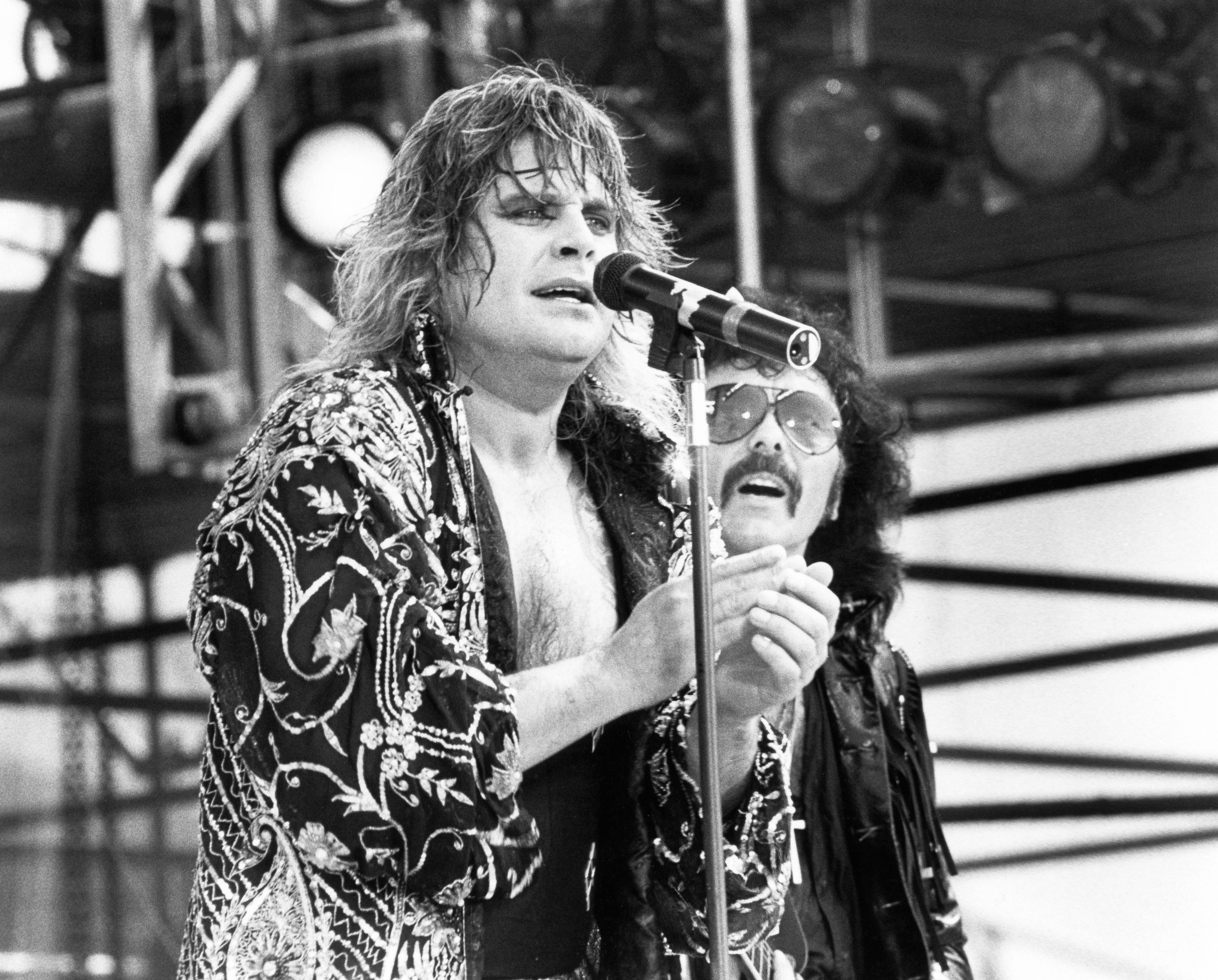 flashback a hungover black sabbath briefly reunite at live aid rolling stone. Black Bedroom Furniture Sets. Home Design Ideas