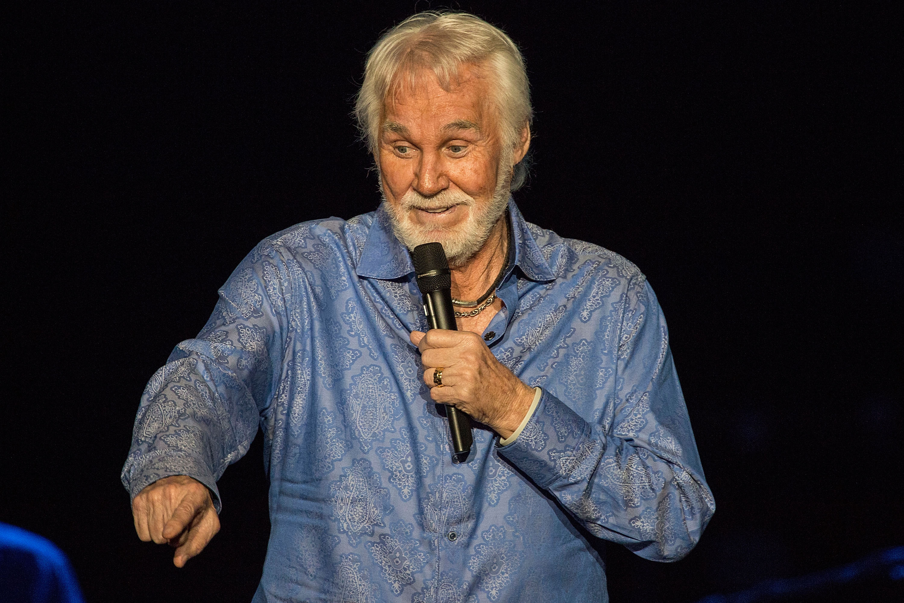 Kenny Rogers to Retire After World Tour – Rolling Stone