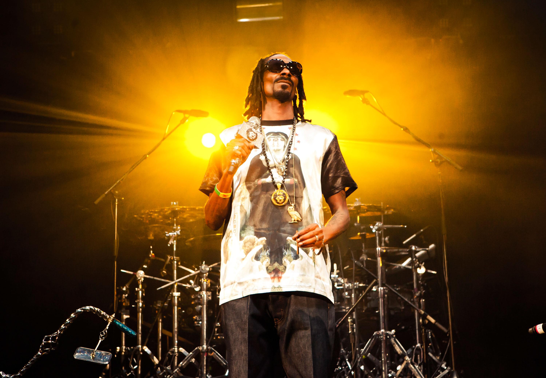 Snoop Dogg Slams 'Sorry as F–k' Steelers Kicker Josh Scobee