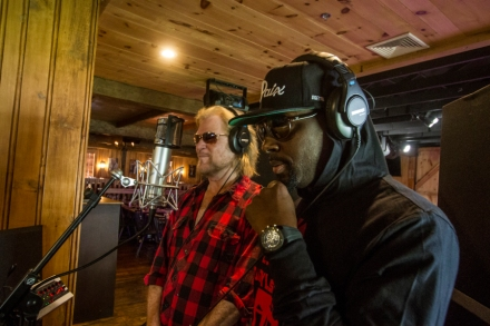 Wyclef Jean and Daryl Hall on Hip-Hop 'Rich Girl' Update – Rolling Stone