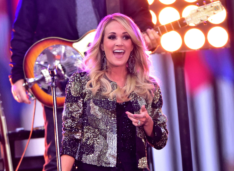 Carrie Underwood Announces 'Storyteller' Tour Dates