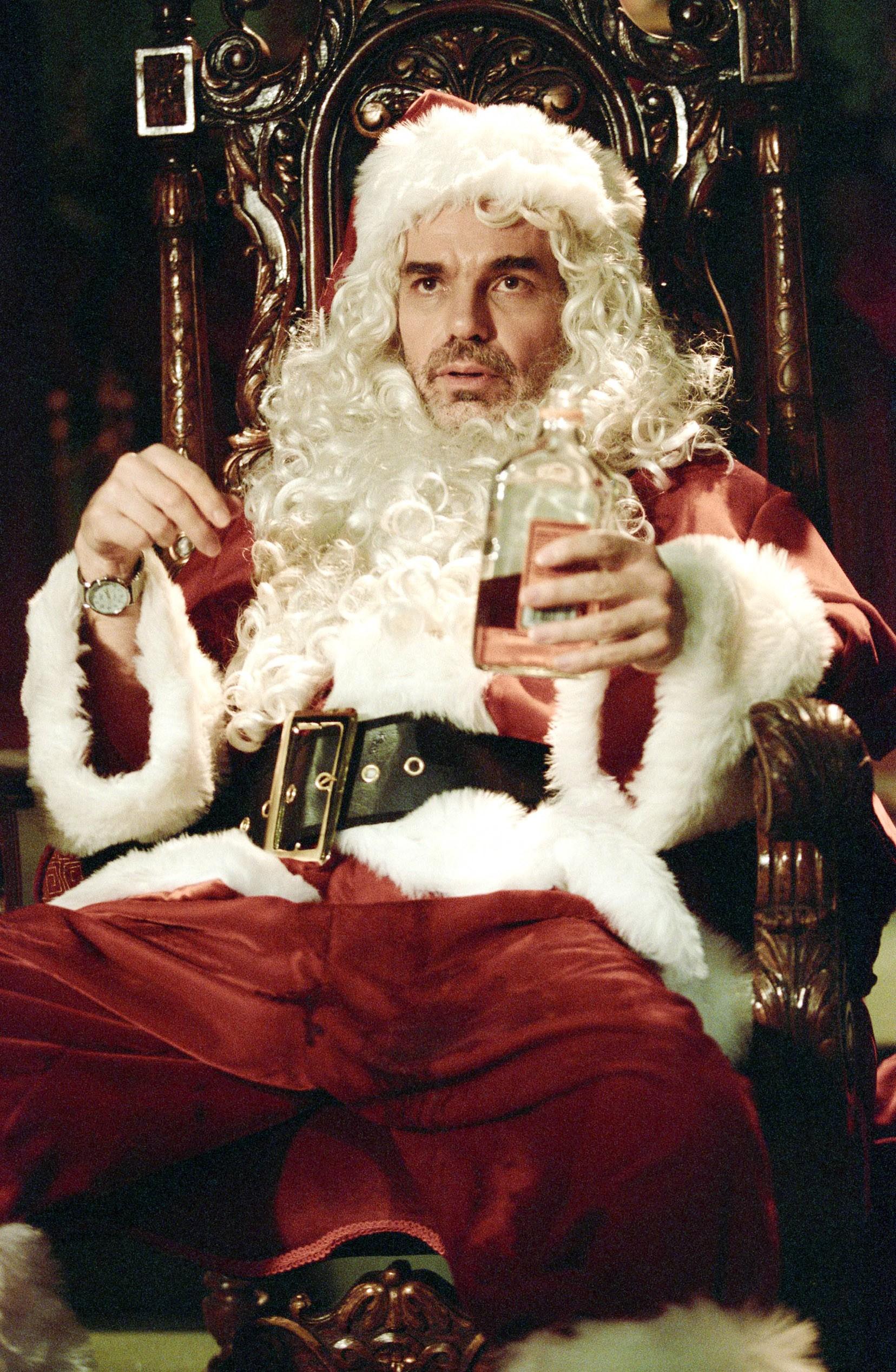 Billy Bob Thornton Dusting Off Fake Beard For Bad Santa 2