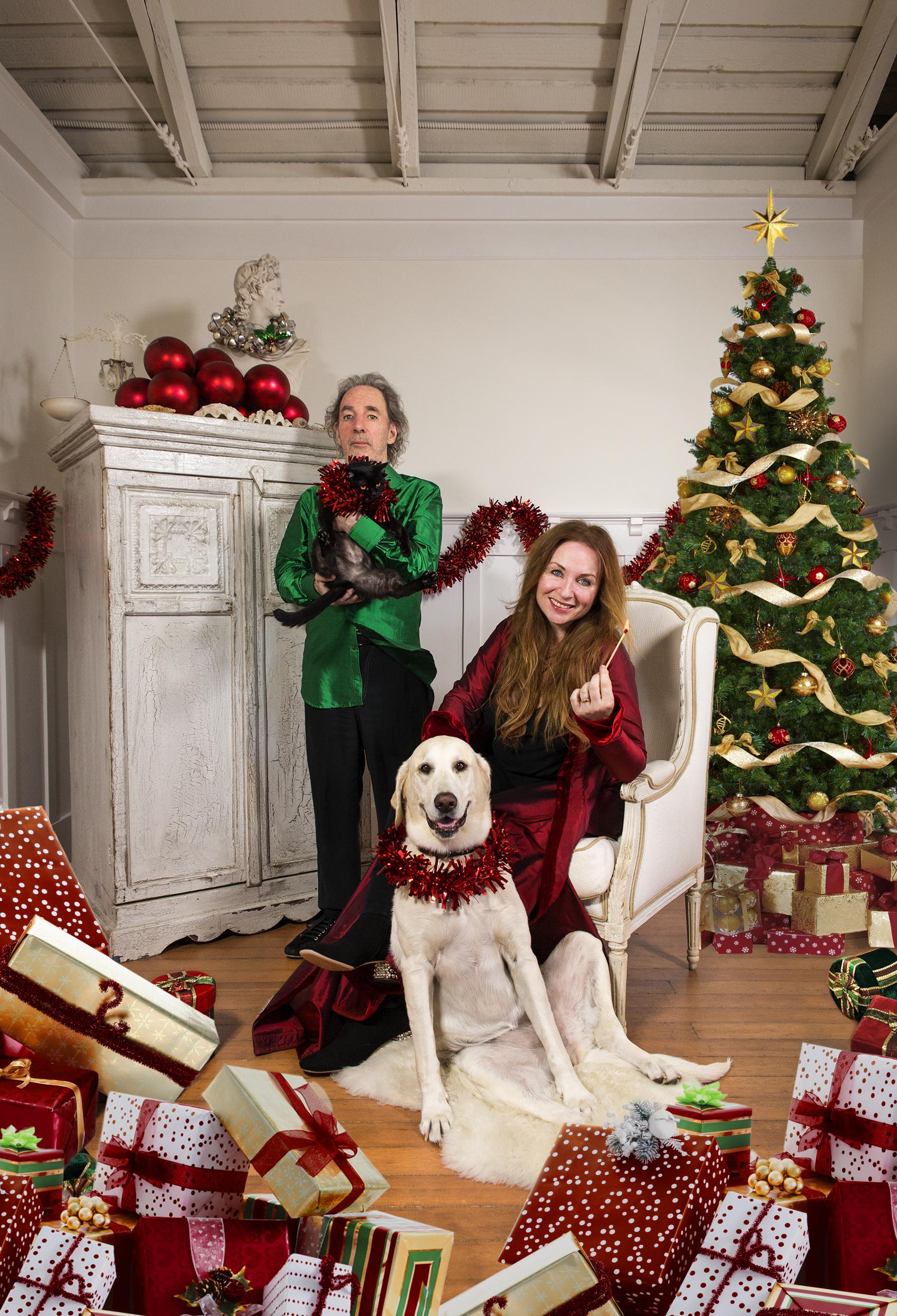 Hear Harry Shearer, Jane Lynch Parody Over-the-Top Christmas Songs ...