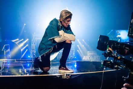 Hear Justin Bieber's Ed Sheeran-Penned Song, 'Love Yourself