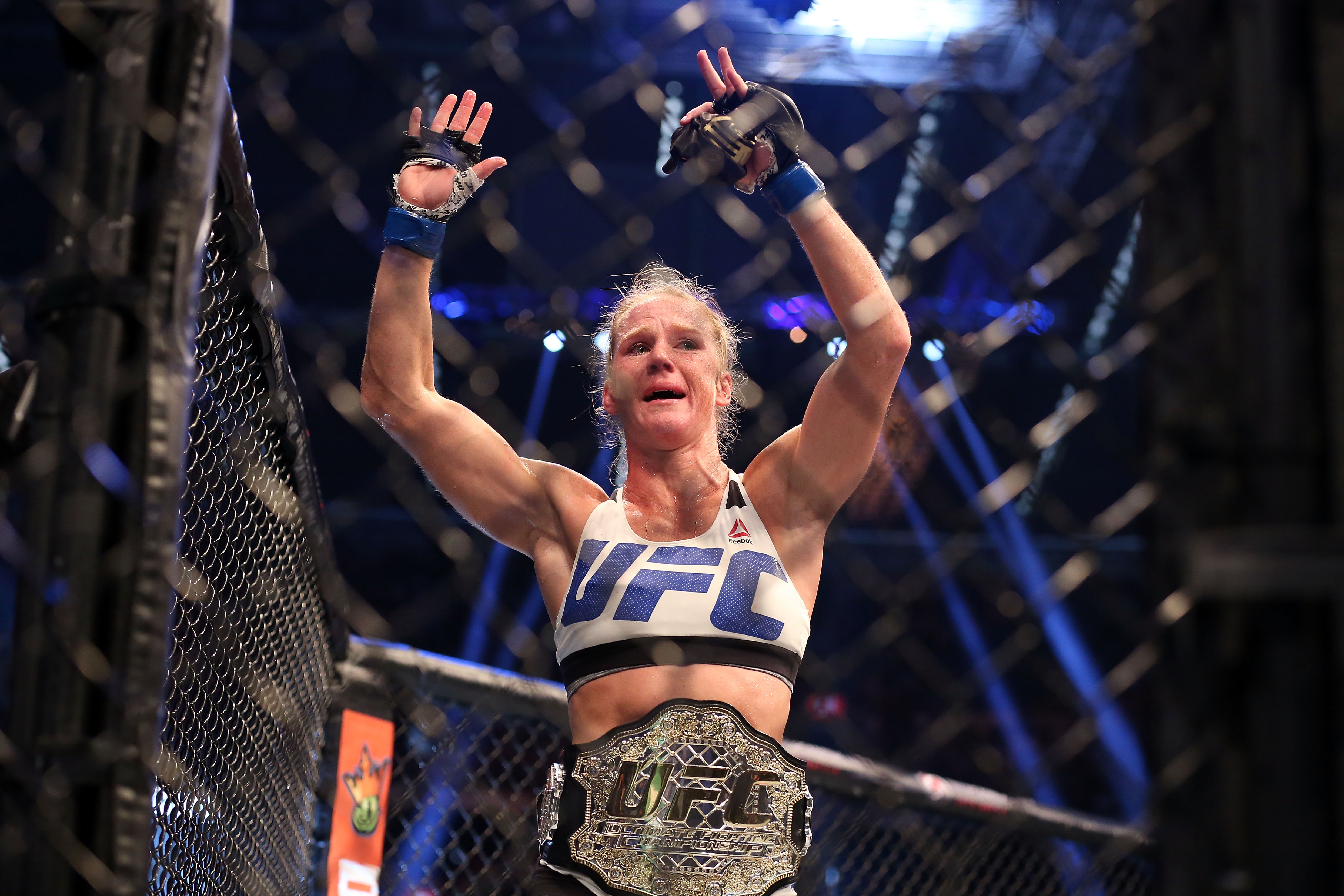 Holly Holm Says Floyd Mayweather Is 'The Greatest of All Time'