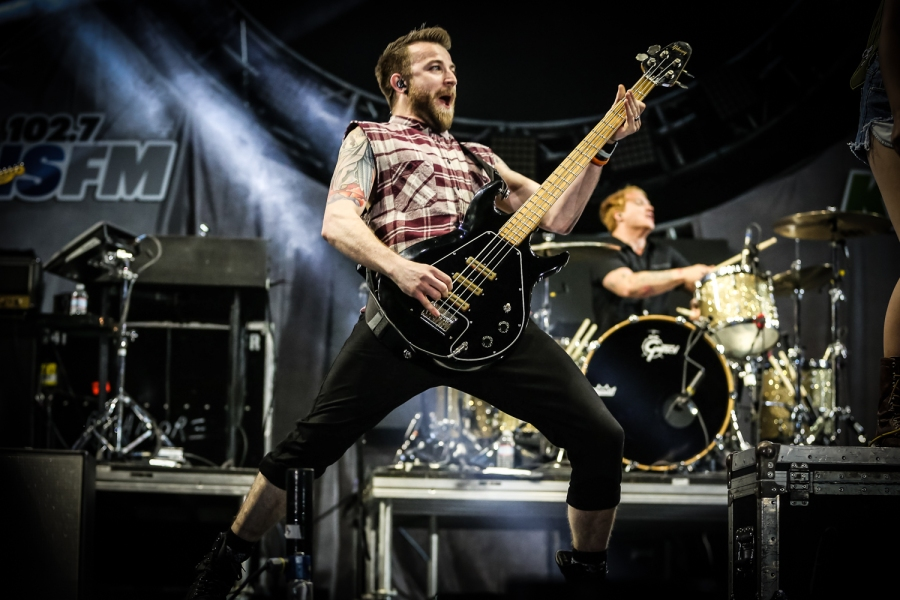 Paramore Part Ways With Bassist Jeremy Davis – Rolling Stone
