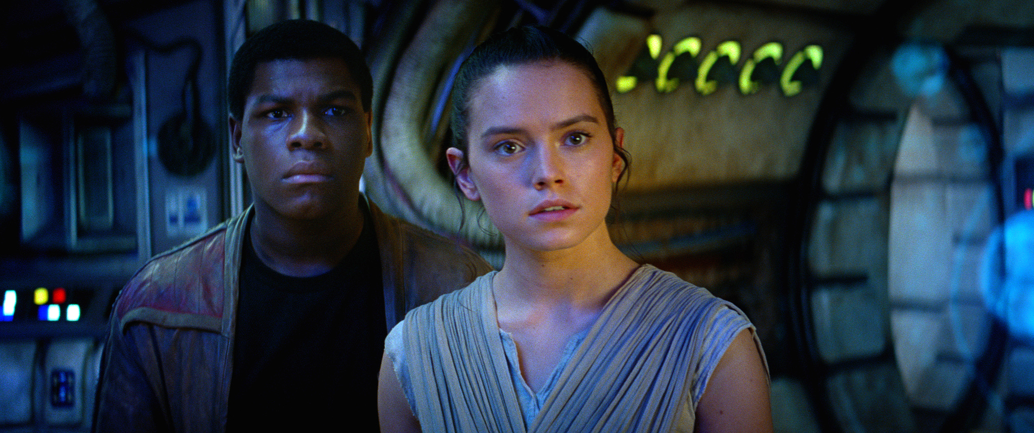 'The Force Awakens' Overtakes 'Avatar' as Domestic Box Office King