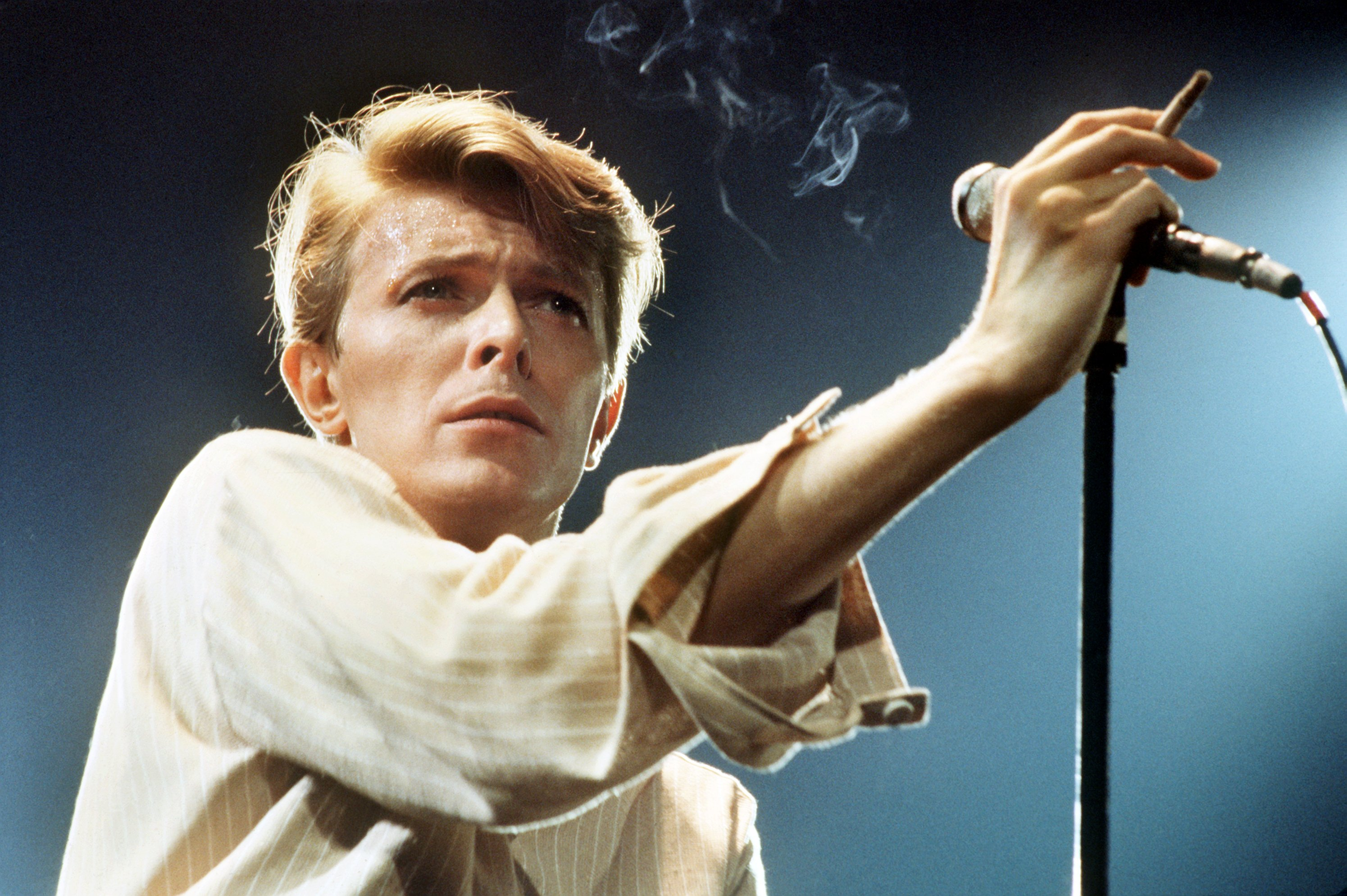 30 wild david bowie duets and collaborations rolling stone