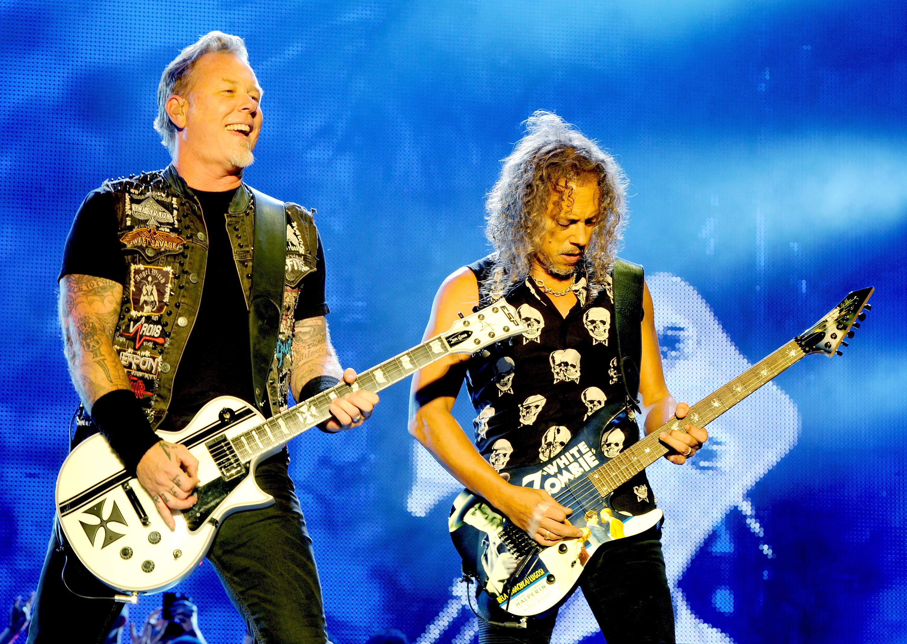 metallica has apologized for their overzealous attorney sending a canadian cover band a 41 page cease and desist letter