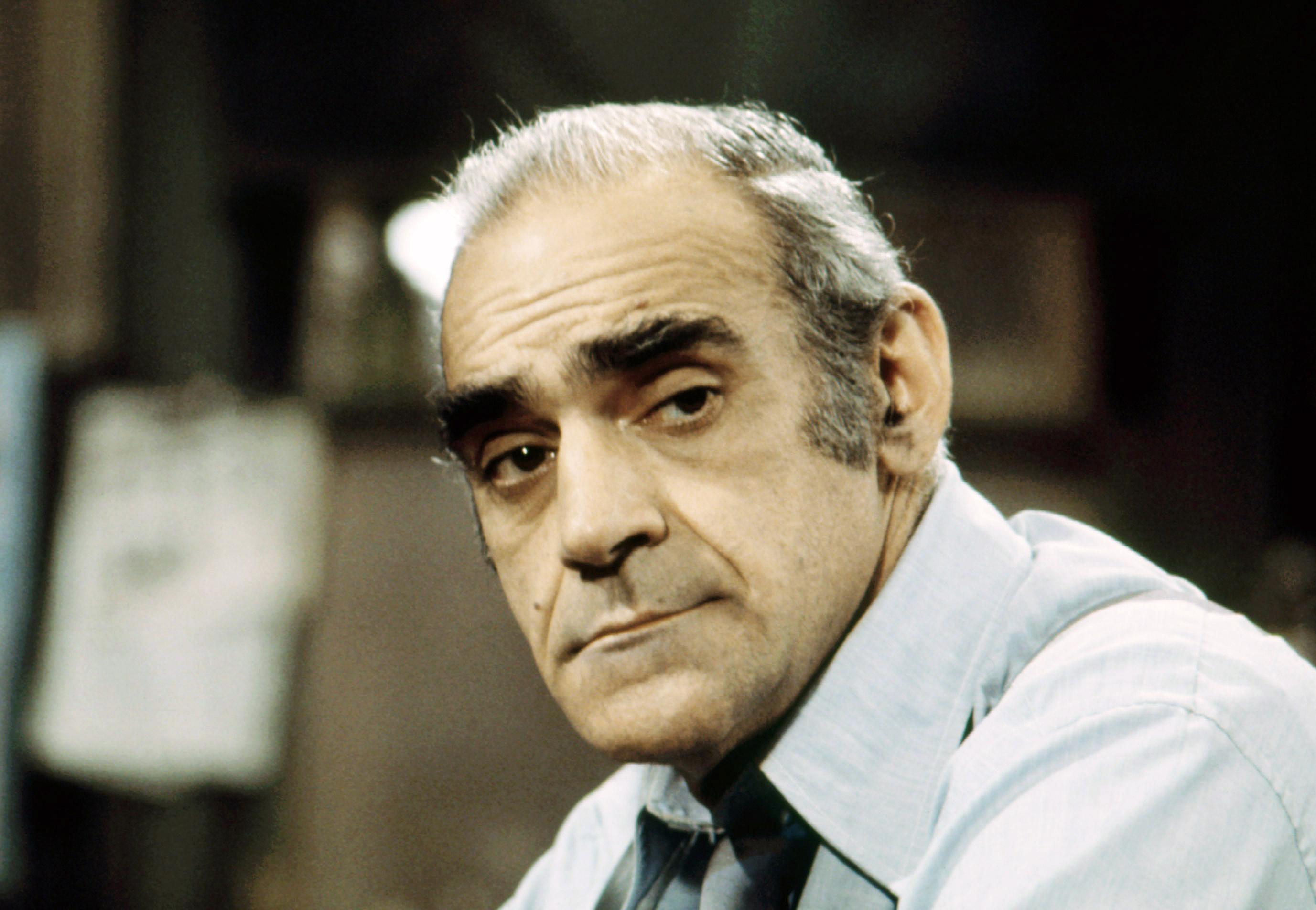 Abe Vigoda Godfather Barney Miller Star Dead At 94 Rolling