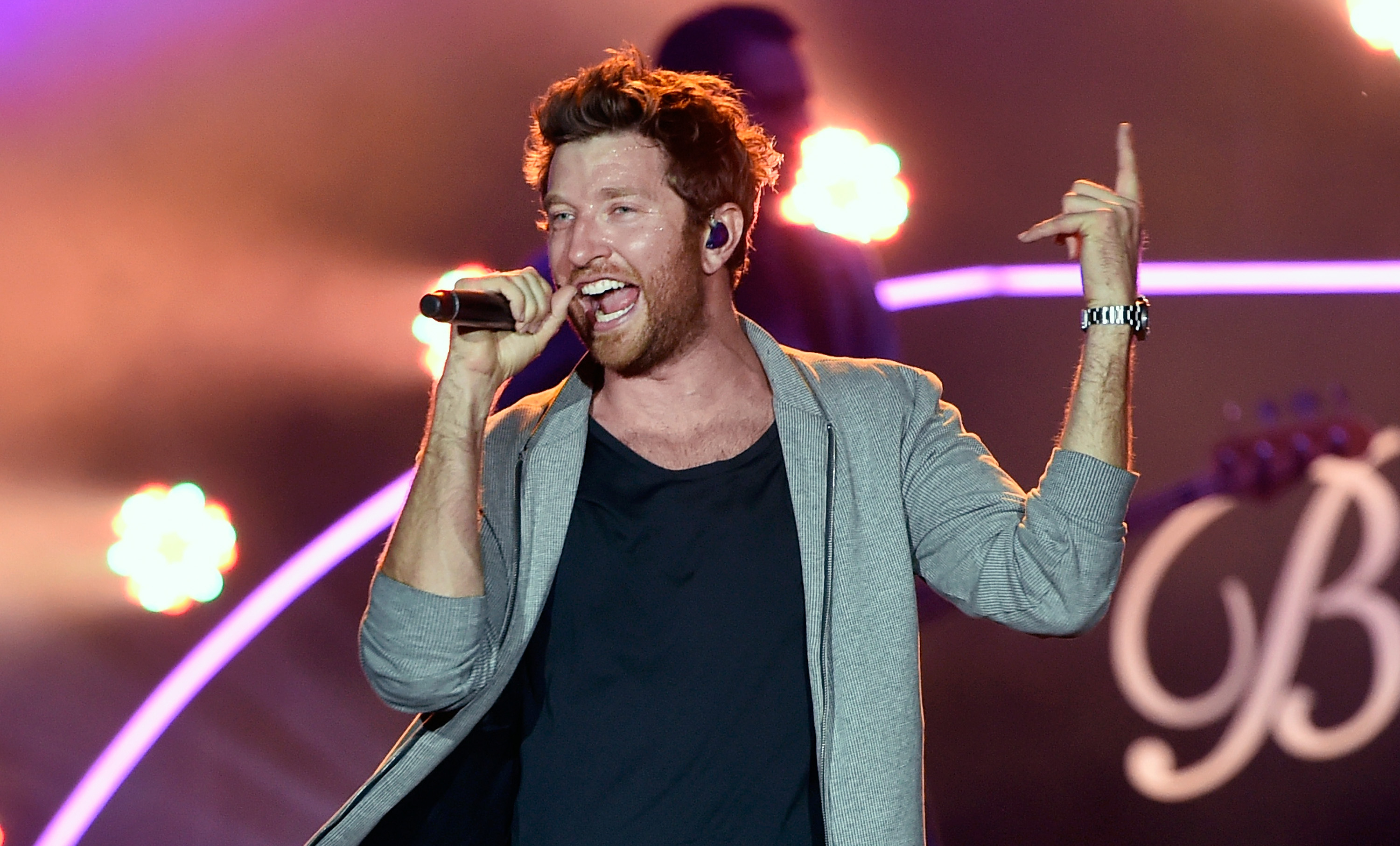 Brett Eldredge Will Be One Of The Performers For The Second Year Of The Country  Night Lights Festival.