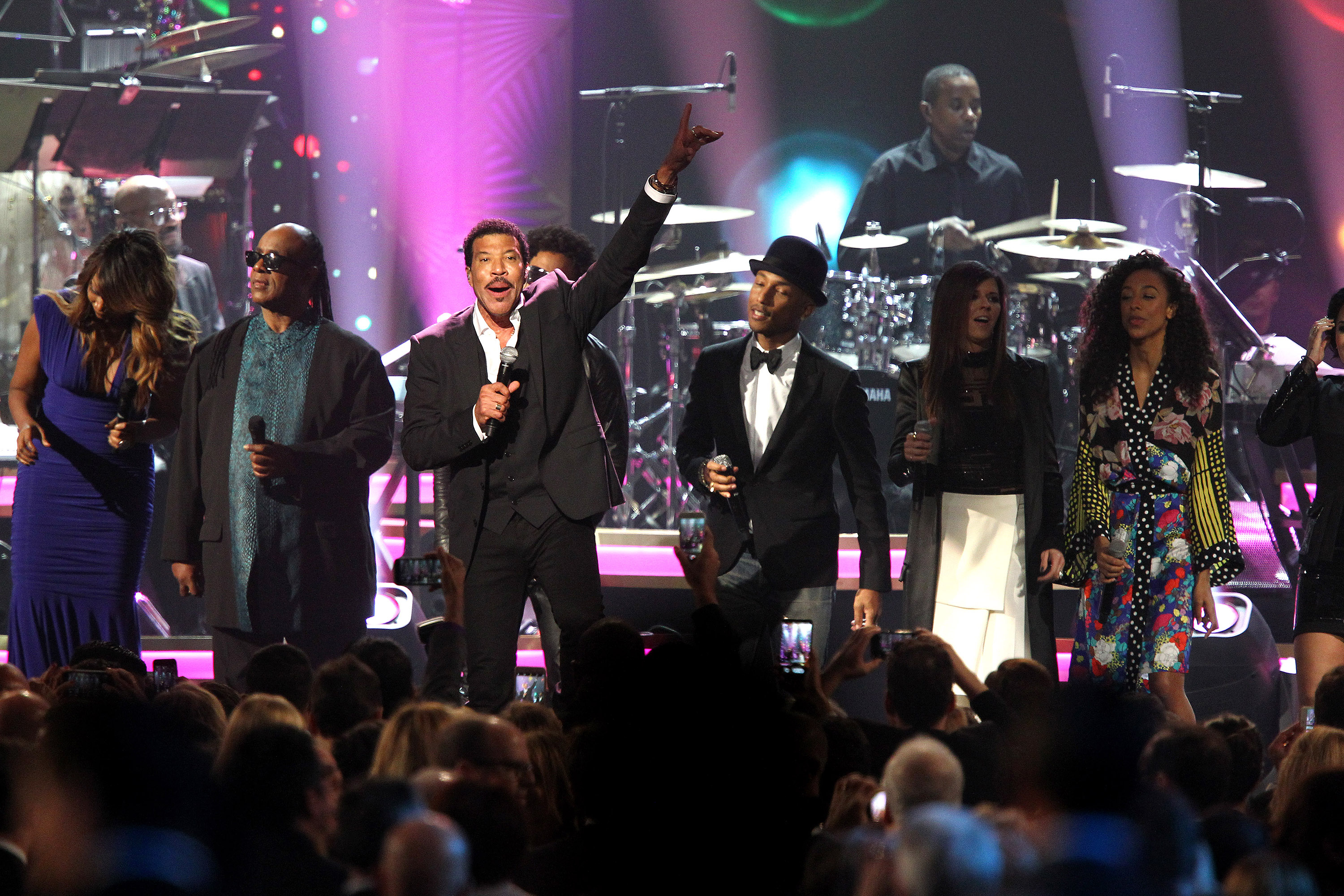 Dave Grohl, Stevie Wonder Sing Lionel Richie Hits at Joyous MusiCares Show
