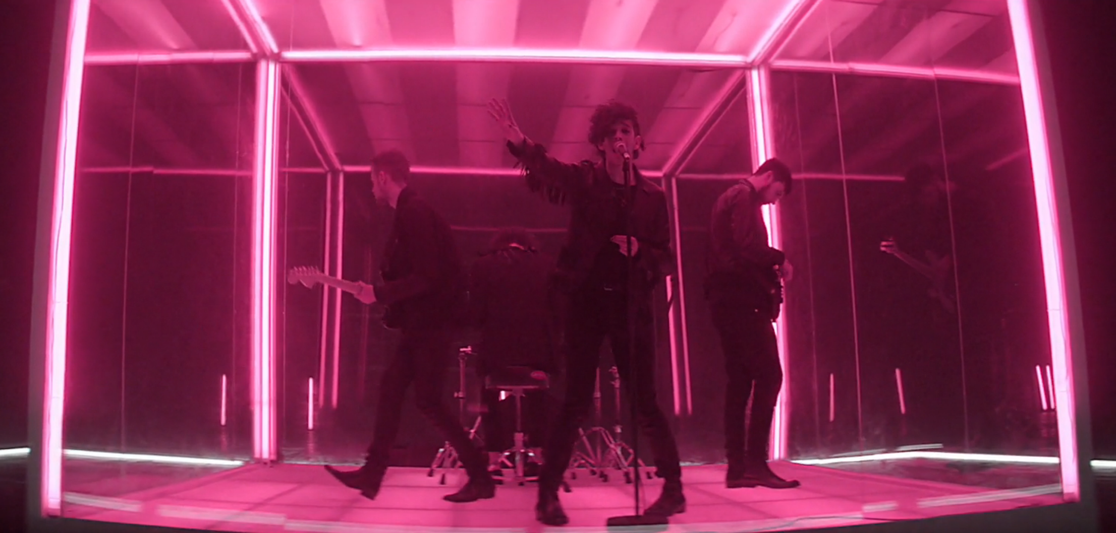 Watch The 1975 Turn Tables On Critics In The Sound Video Rolling