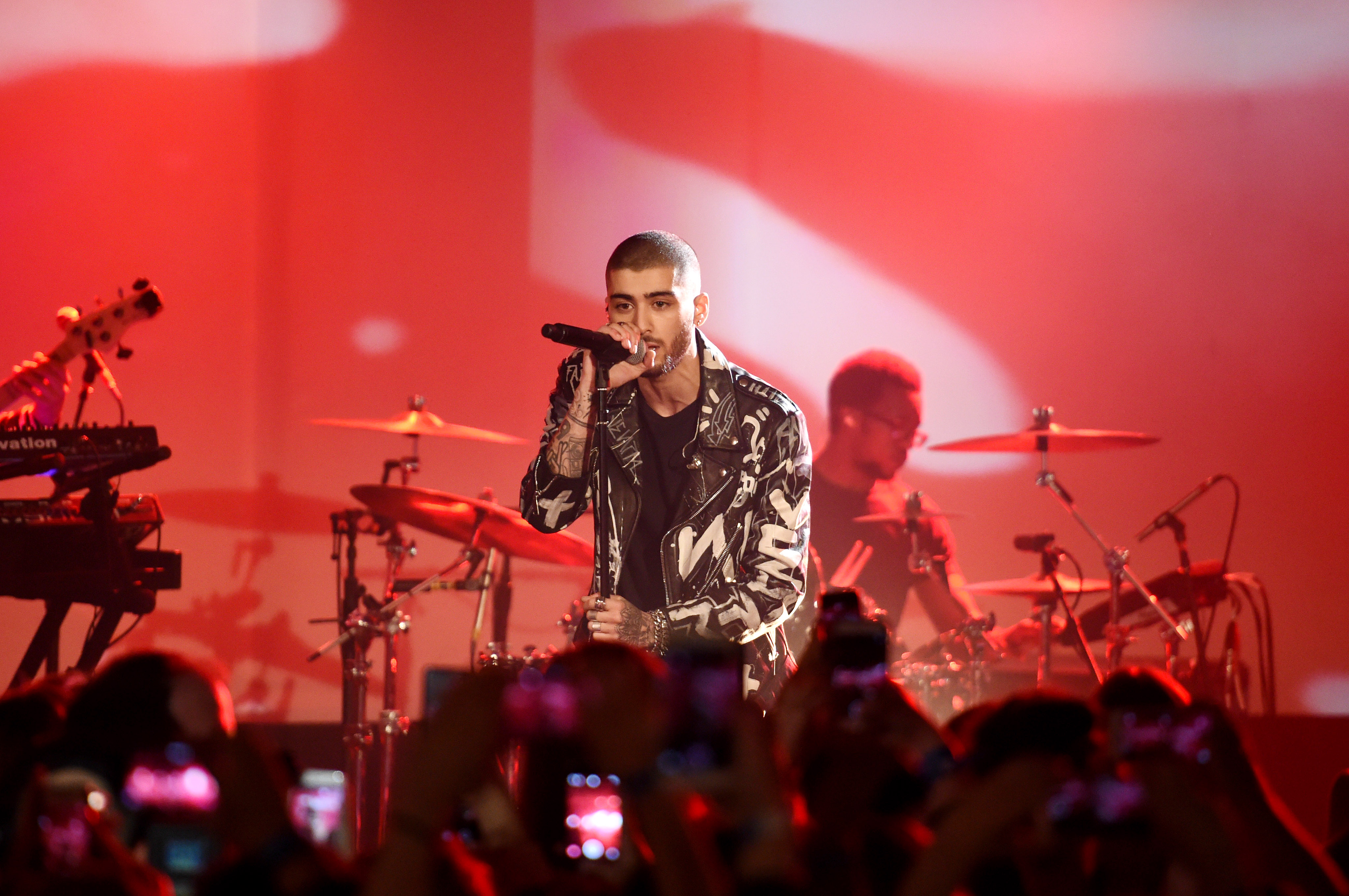 9049c99f3723d8 Watch Zayn Malik s First Solo Concert at Album Release Party – Rolling Stone