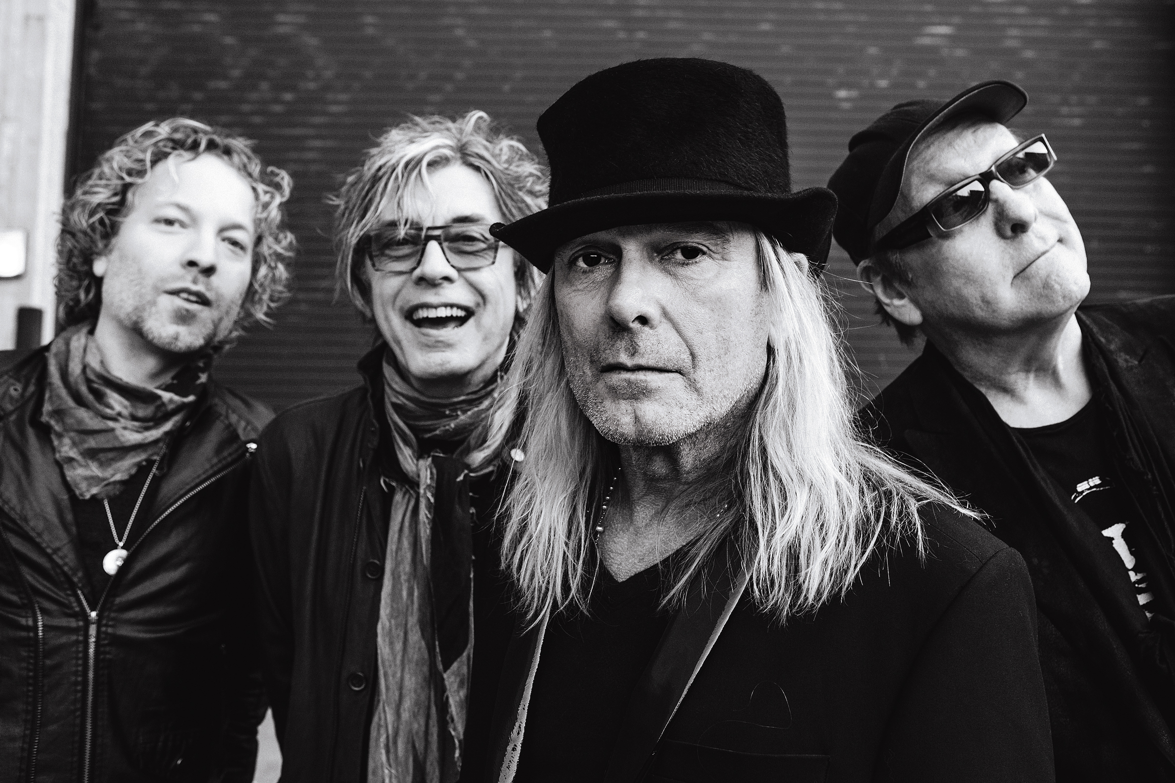 Inside Cheap Trick's Unlikely Renaissance – Rolling Stone