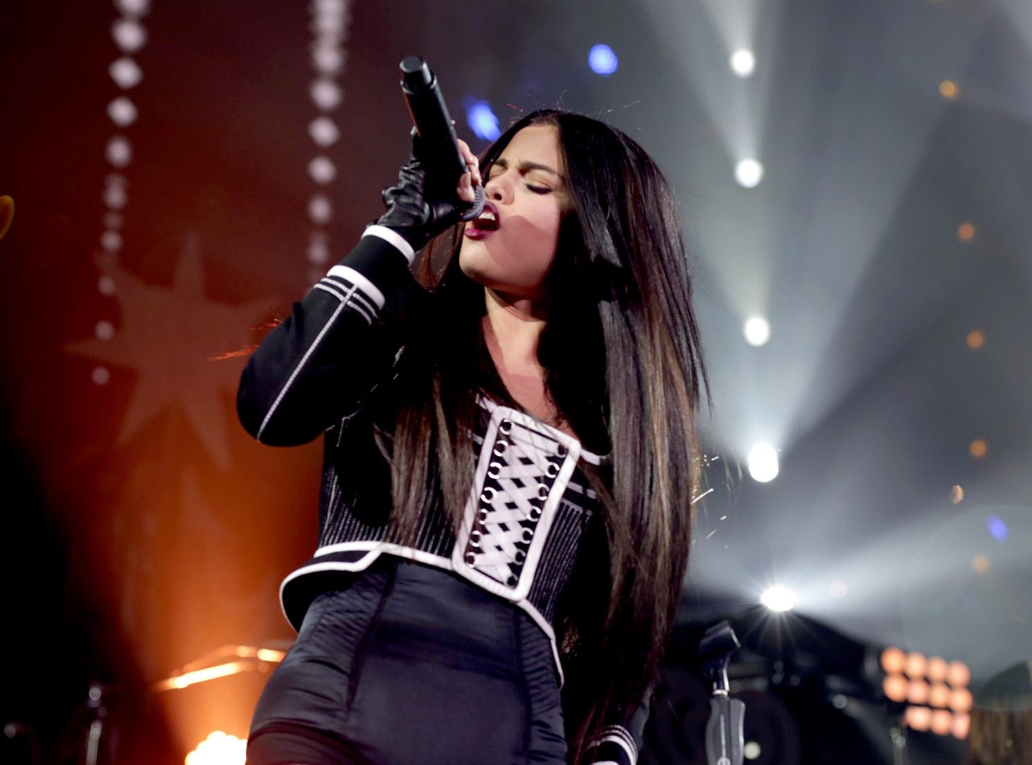 Buy Gomez selena singing pictures trends
