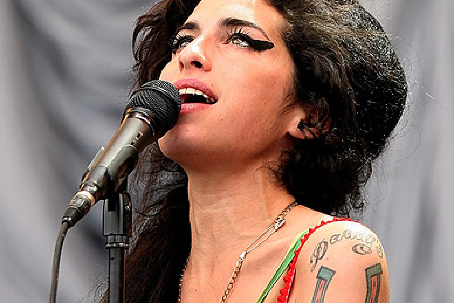 Amy Winehouse S Autopsy Results Are Inconclusive Rolling Stone